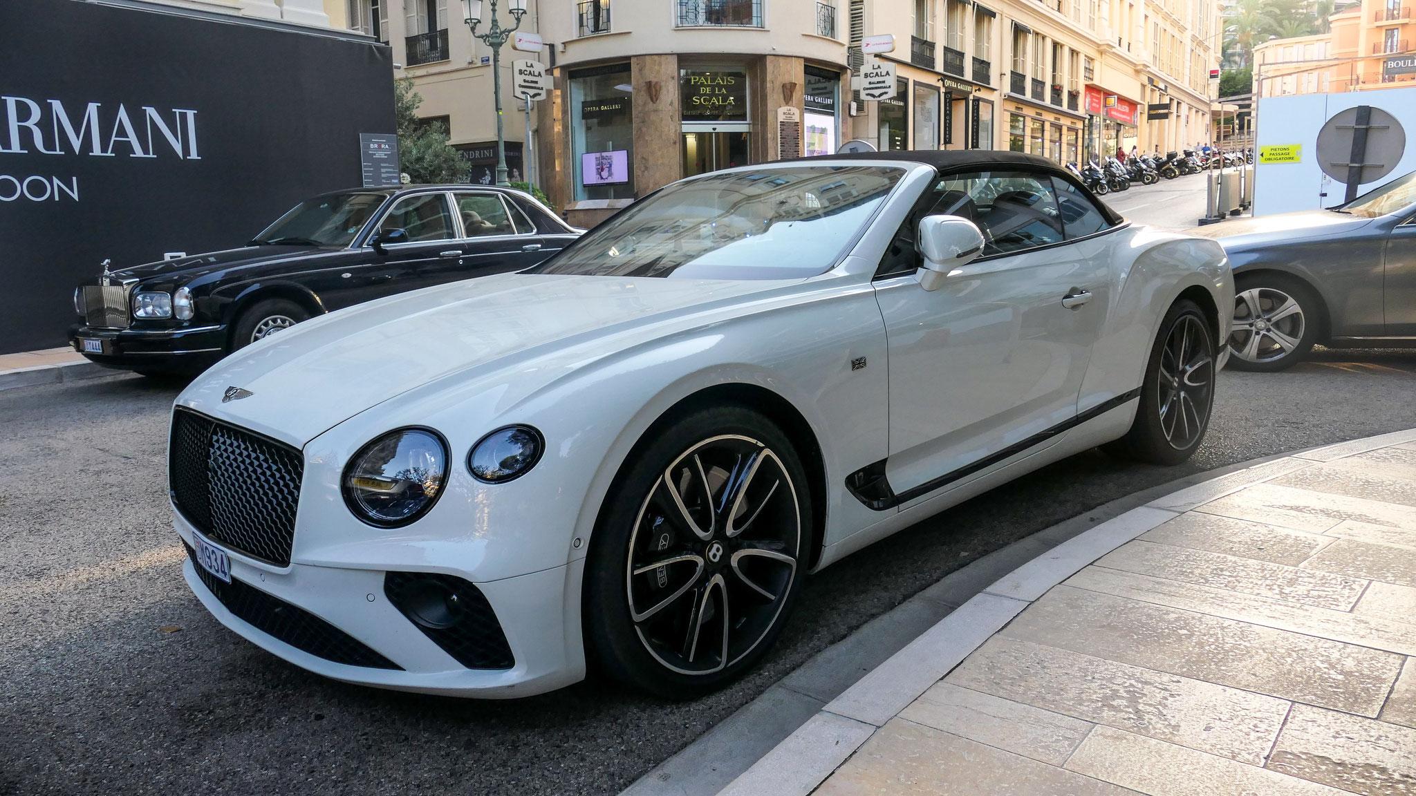 Bentley Continental GTC - M934 (MC)