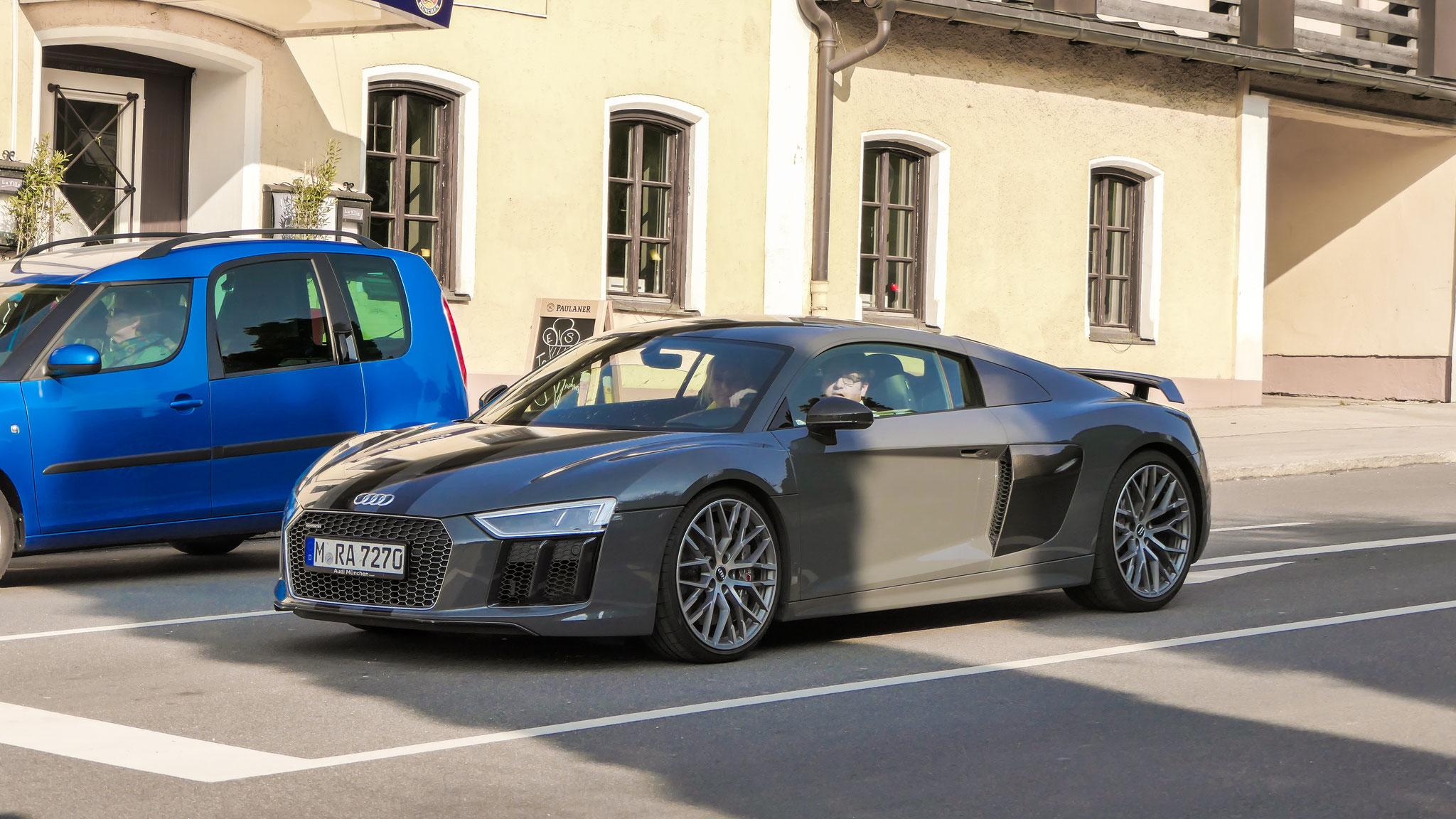 Audi R8 V10 - M-RA-7270