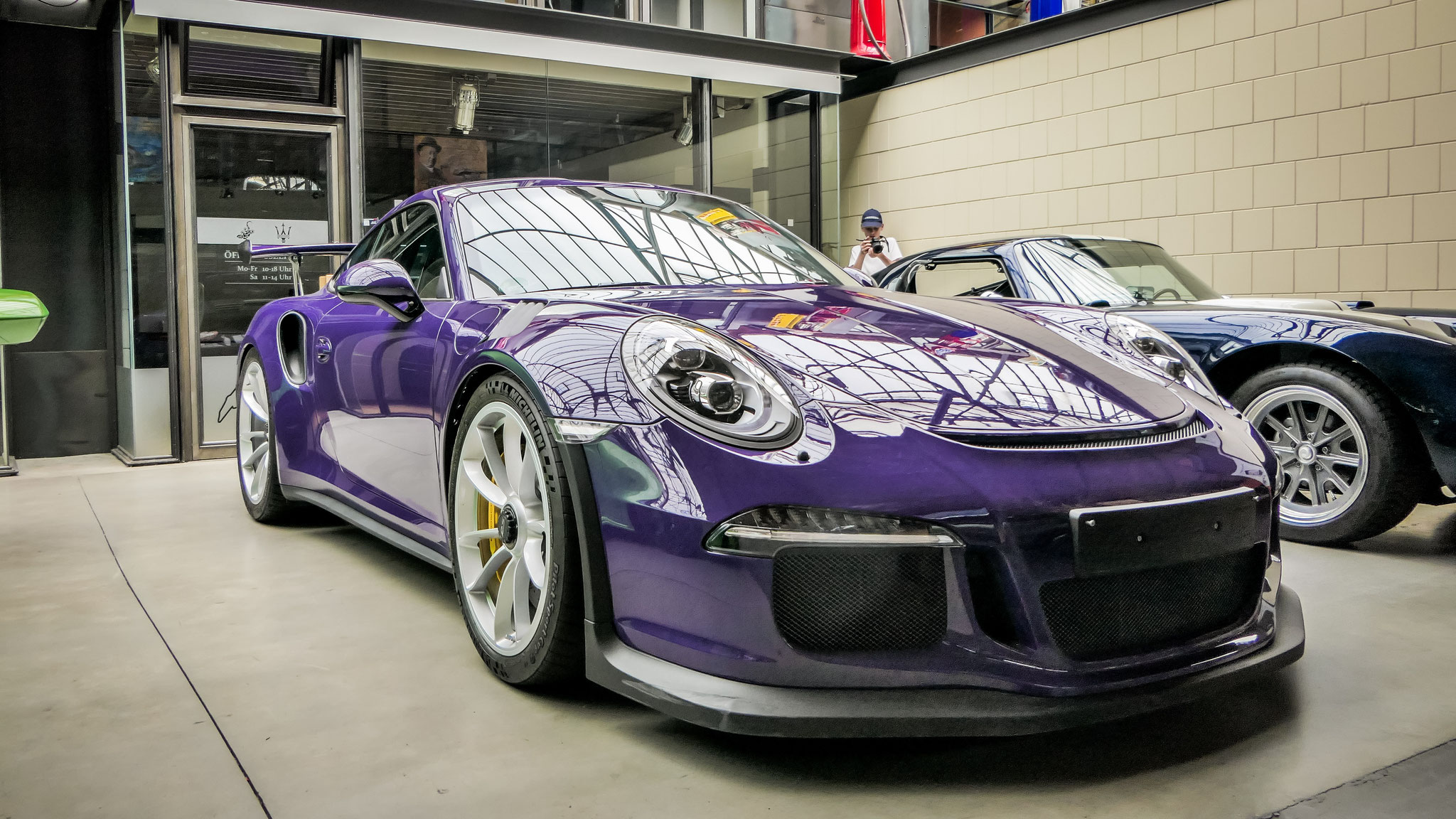 Porsche 911 GT3 RS - B-CS-527