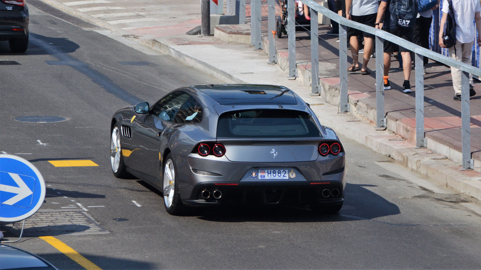 Ferrari GTC4 Lusso - H882 (MC)