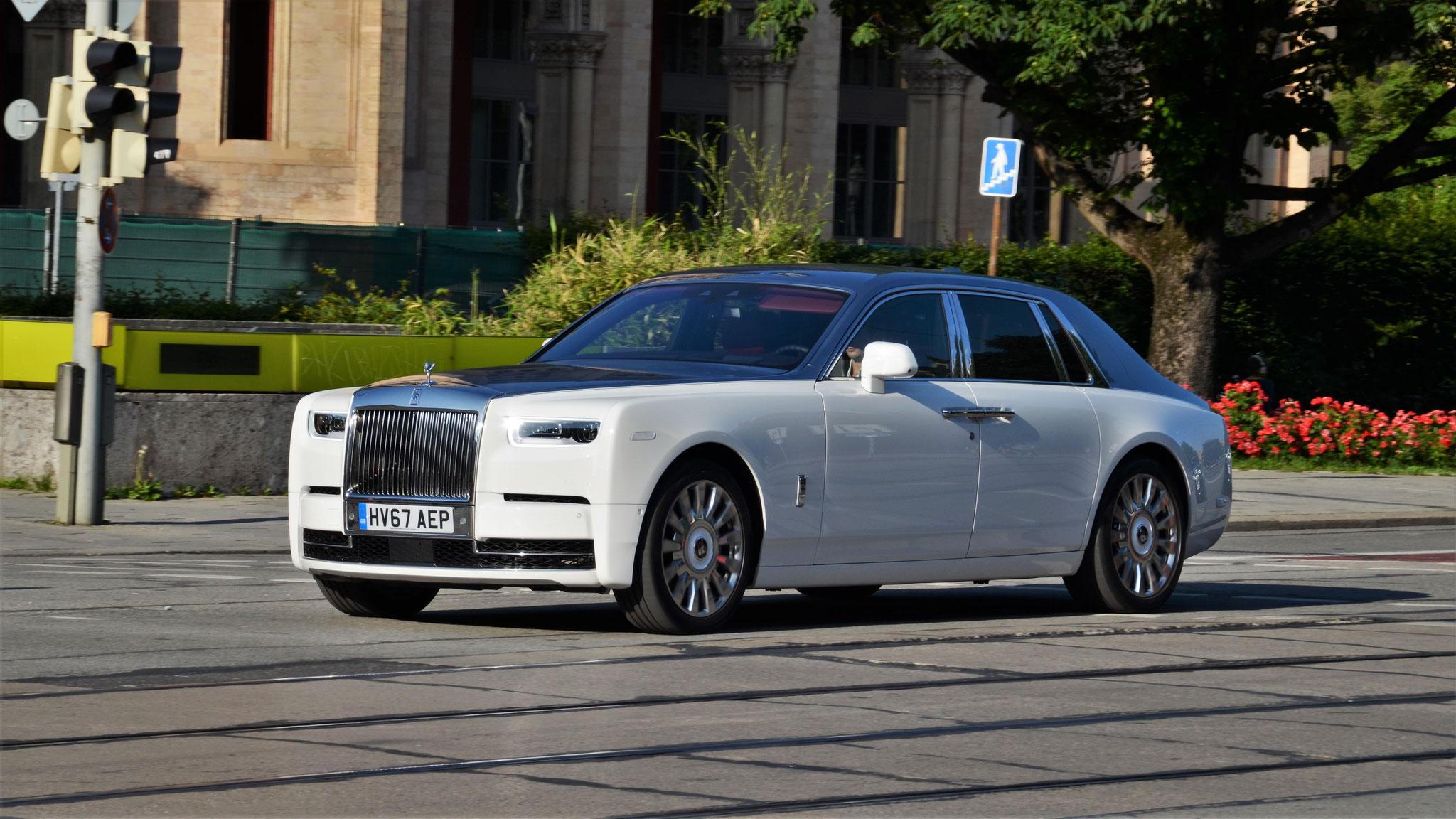 Rolls Royce Phantom - HV67-AEP (GB)