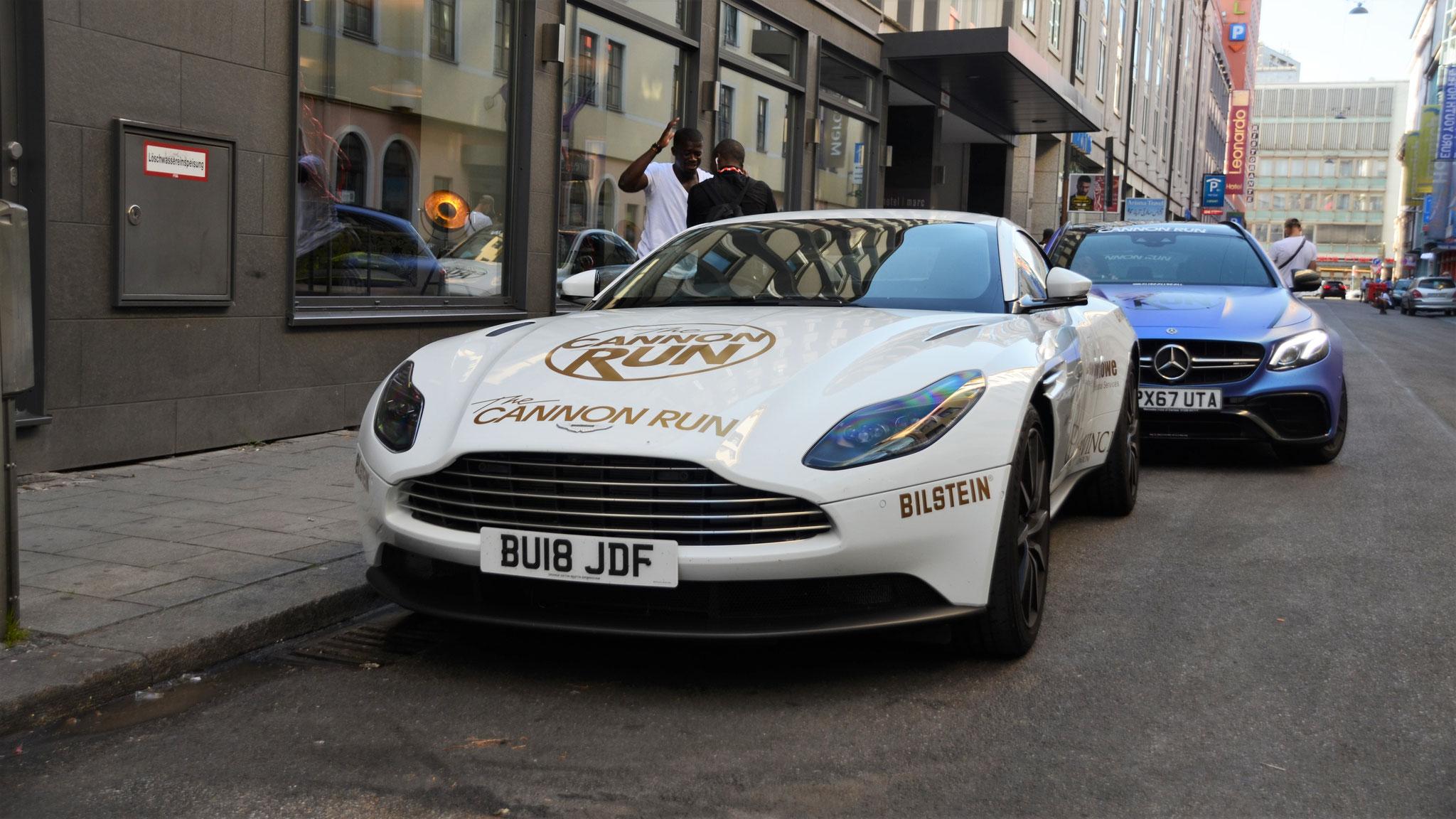 Aston Martin DB11 - BU18-JDF (GB)