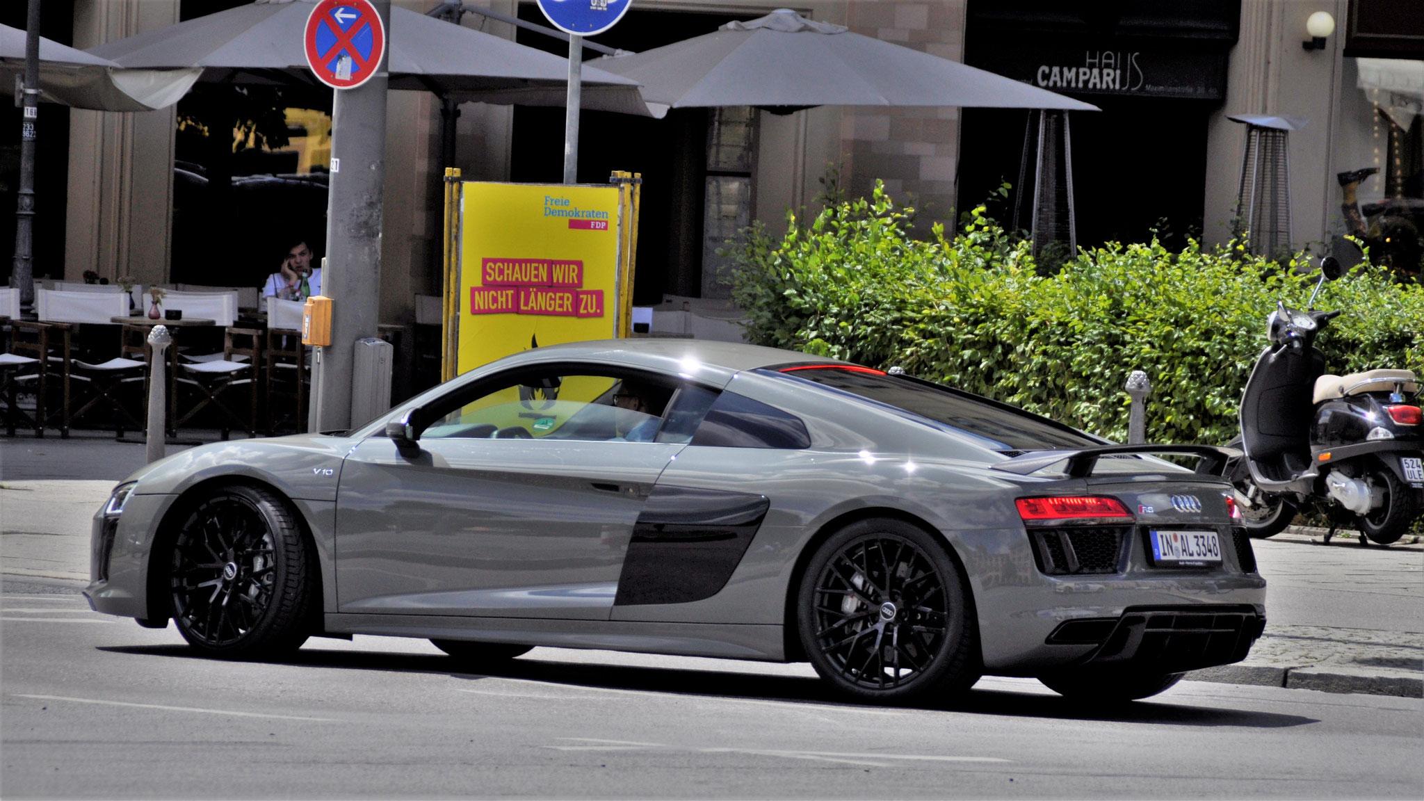 Audi R8 V10 - IN-AL-3348
