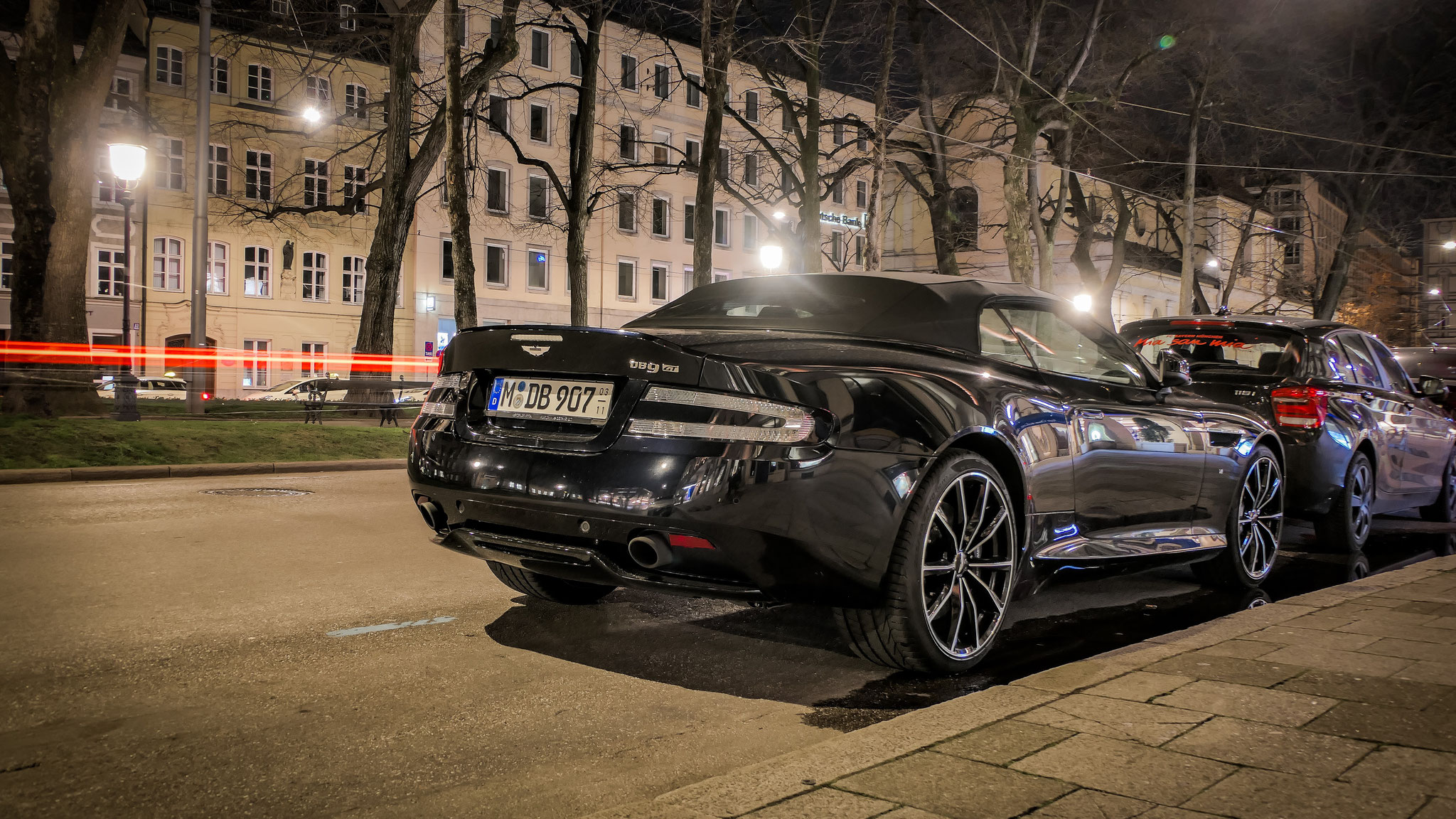Aston Martin DB9 GT Volante - M-DB-907