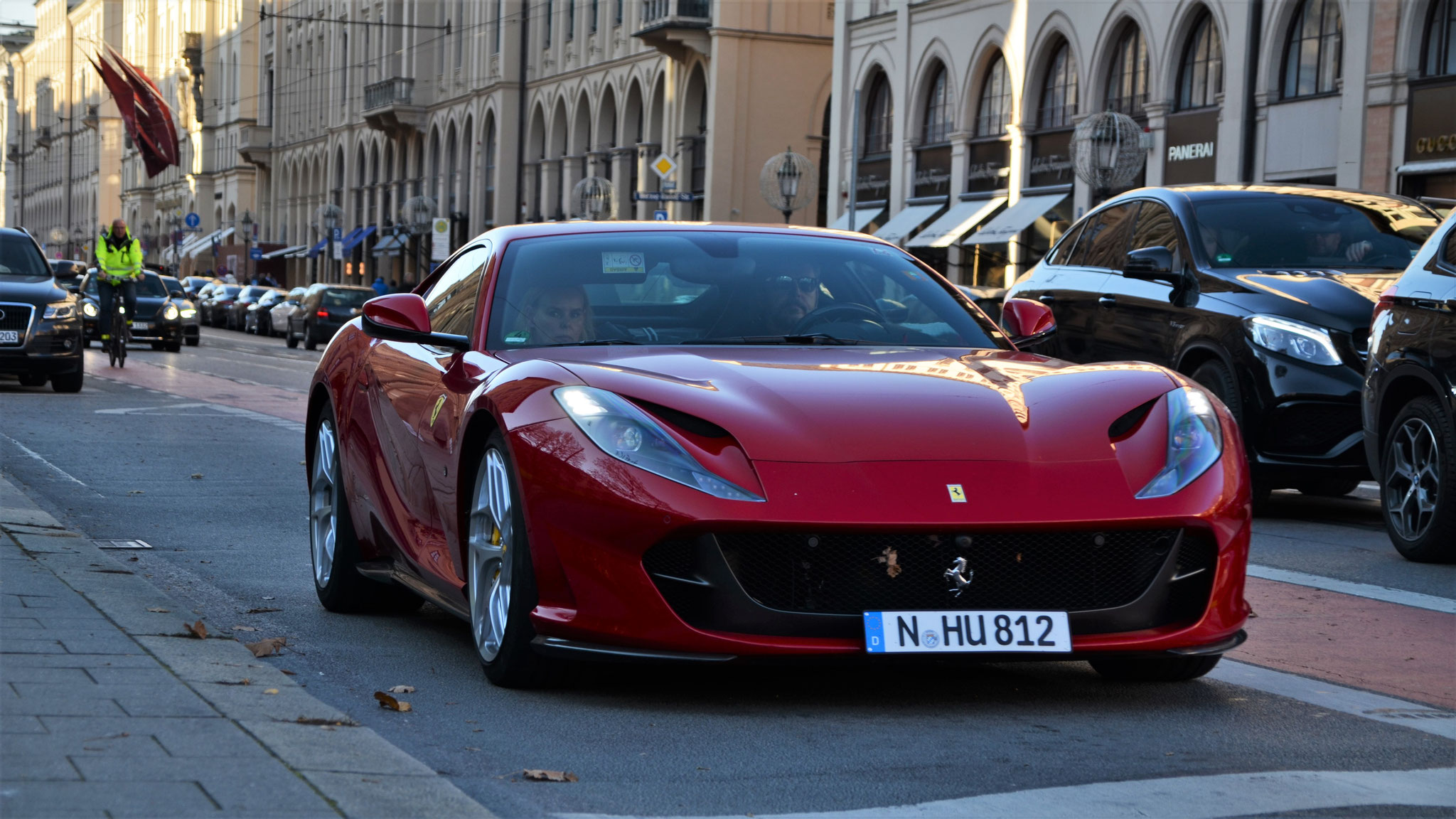 Ferrari 812 Superfast - N-HU-812