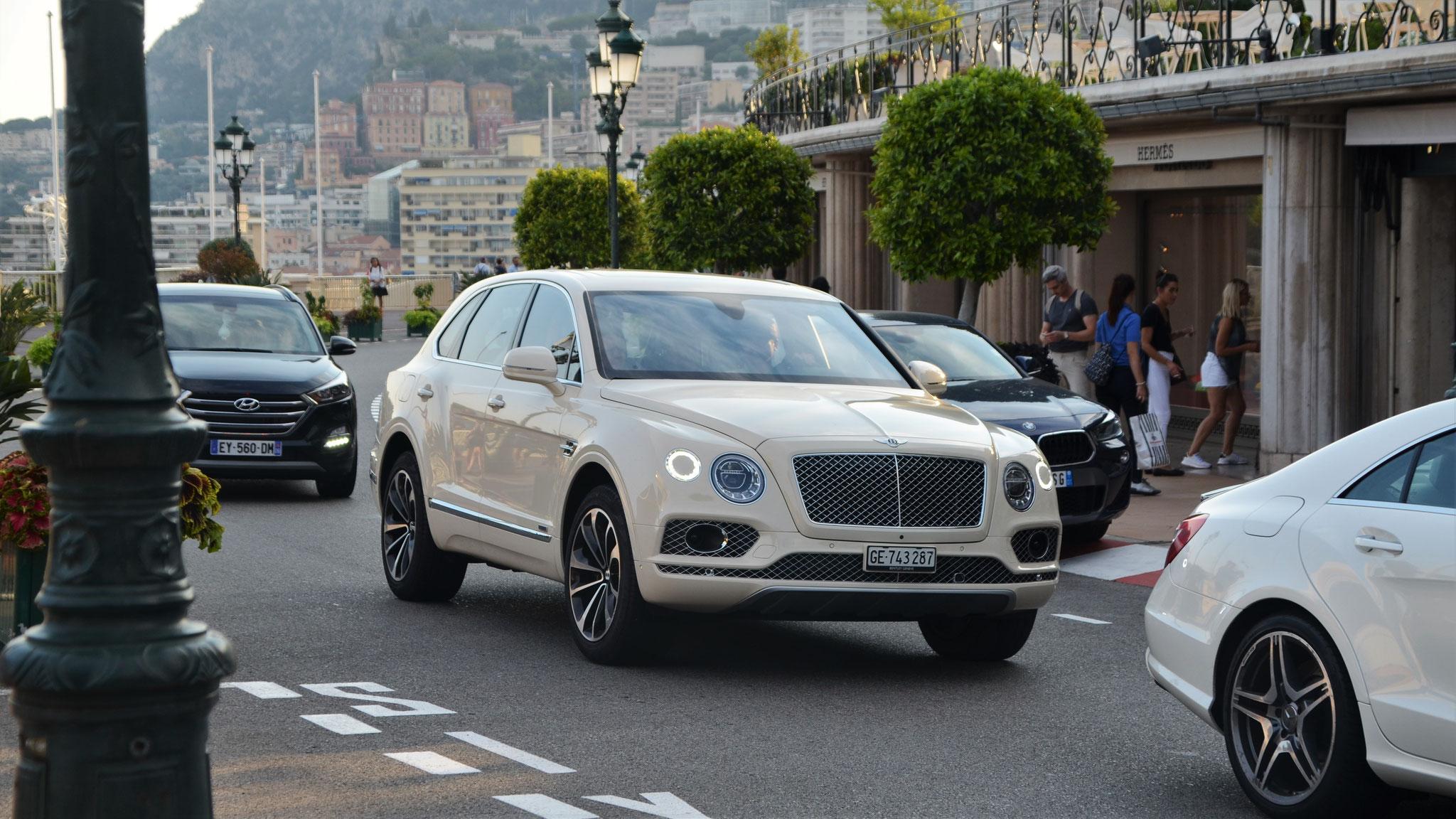 Bentley Bentayga - GE-743287 (CH)
