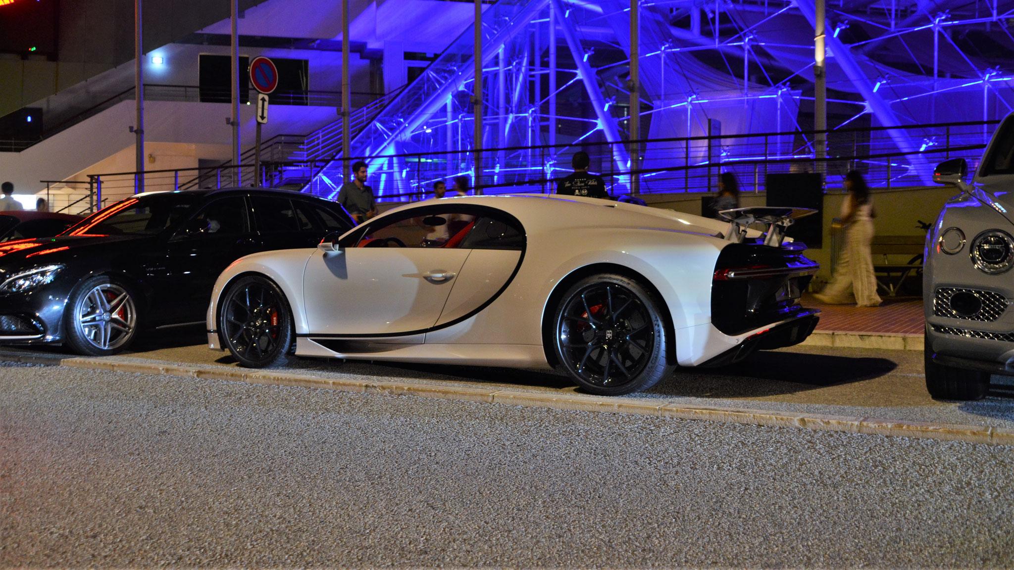 Bugatti Chiron - 124440 (Arab)