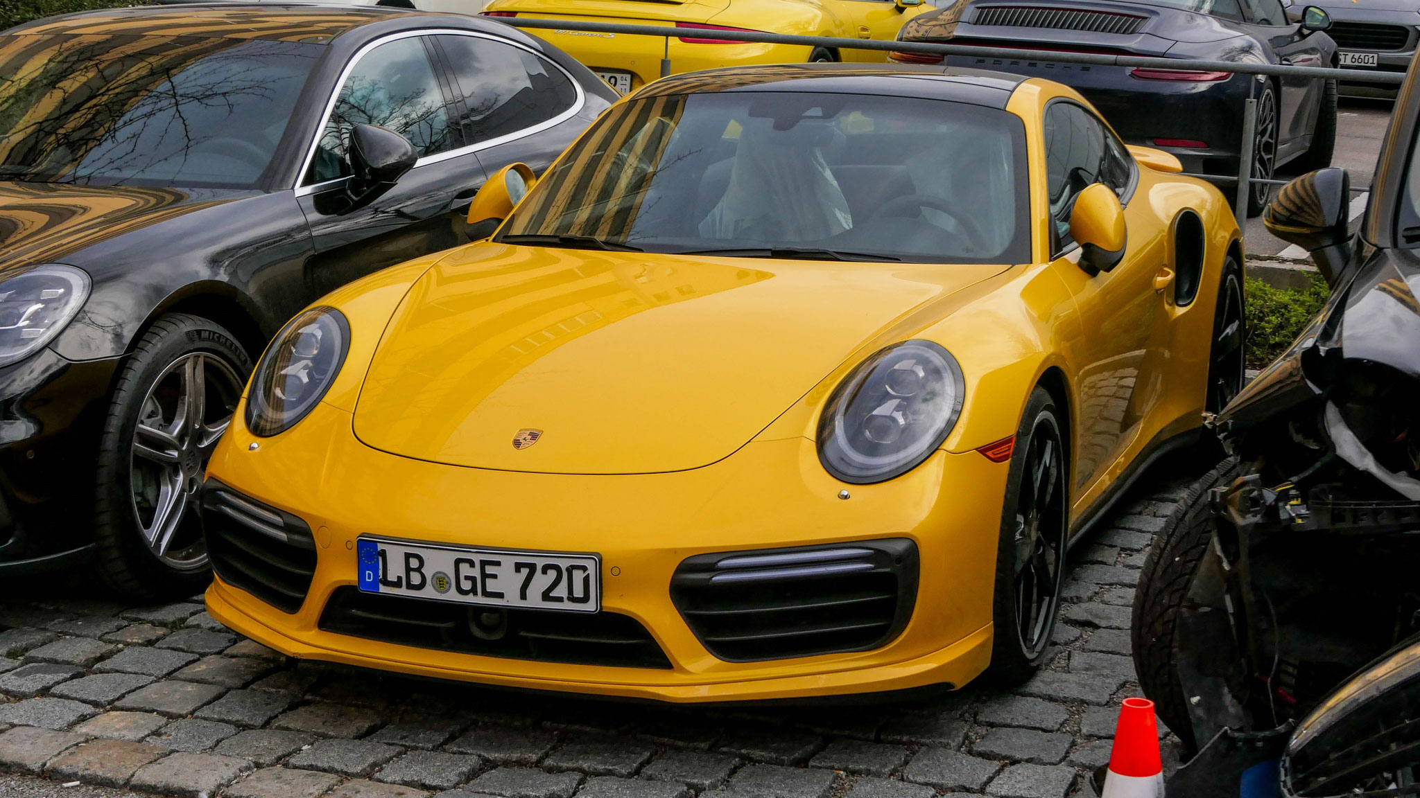 Porsche 911 Turbo - LB-GE-720