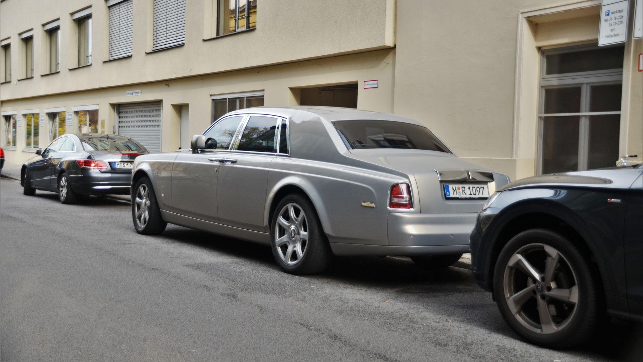 Rolls Royce Phantom - M-R-1097