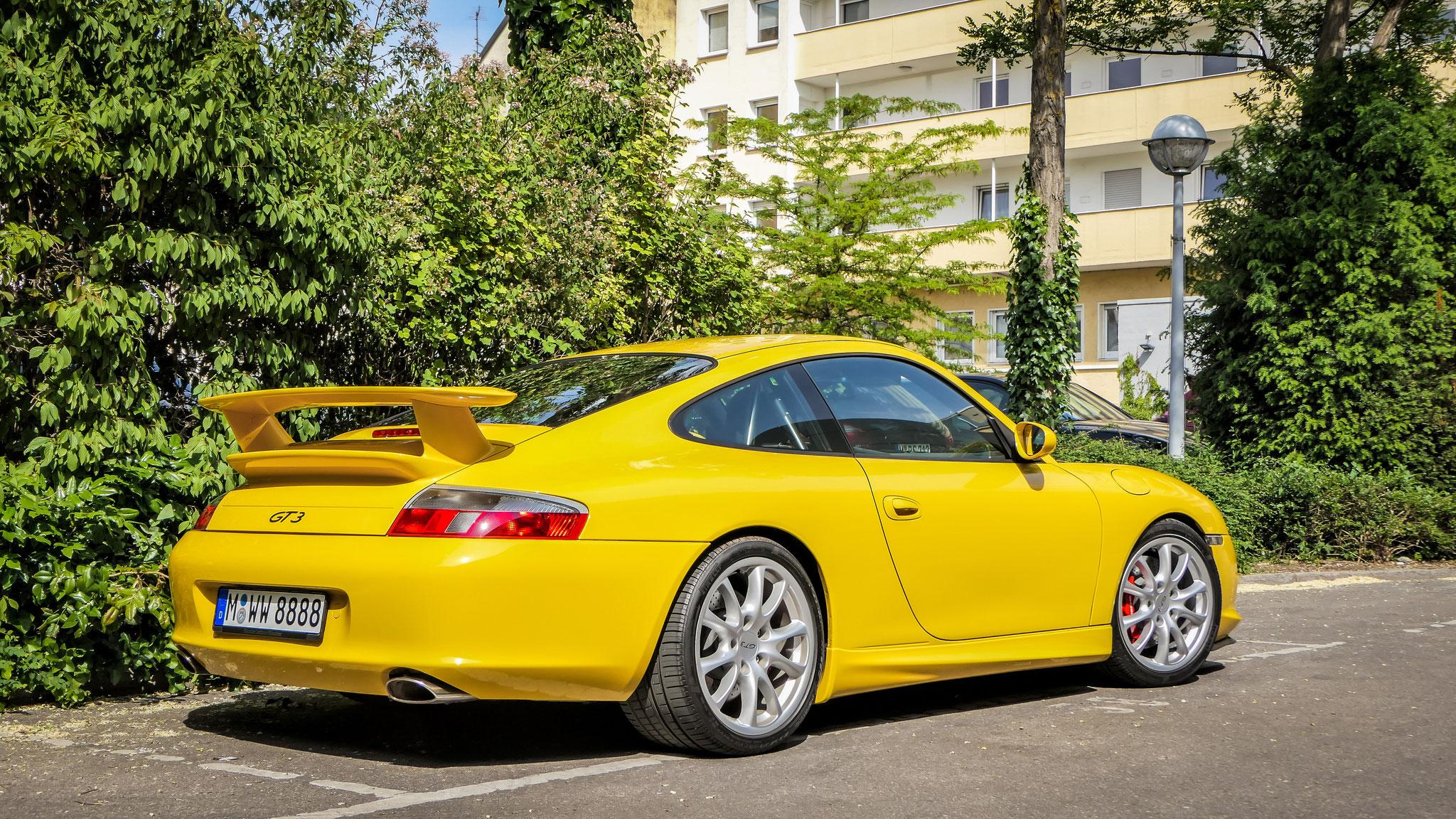 Porsche GT3 997 - M-WW-8888