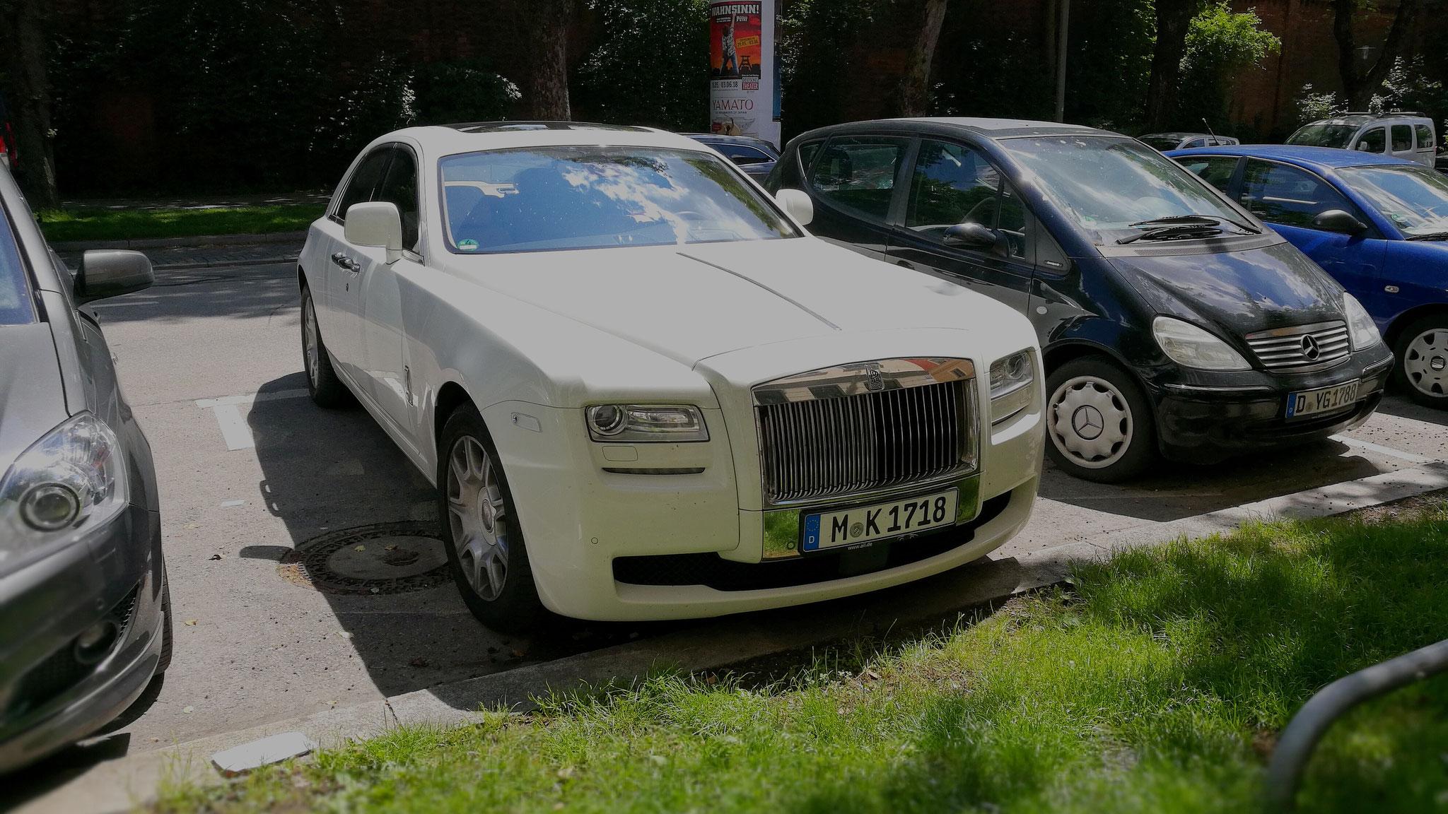 Rolls Royce Ghost - M-K-1718