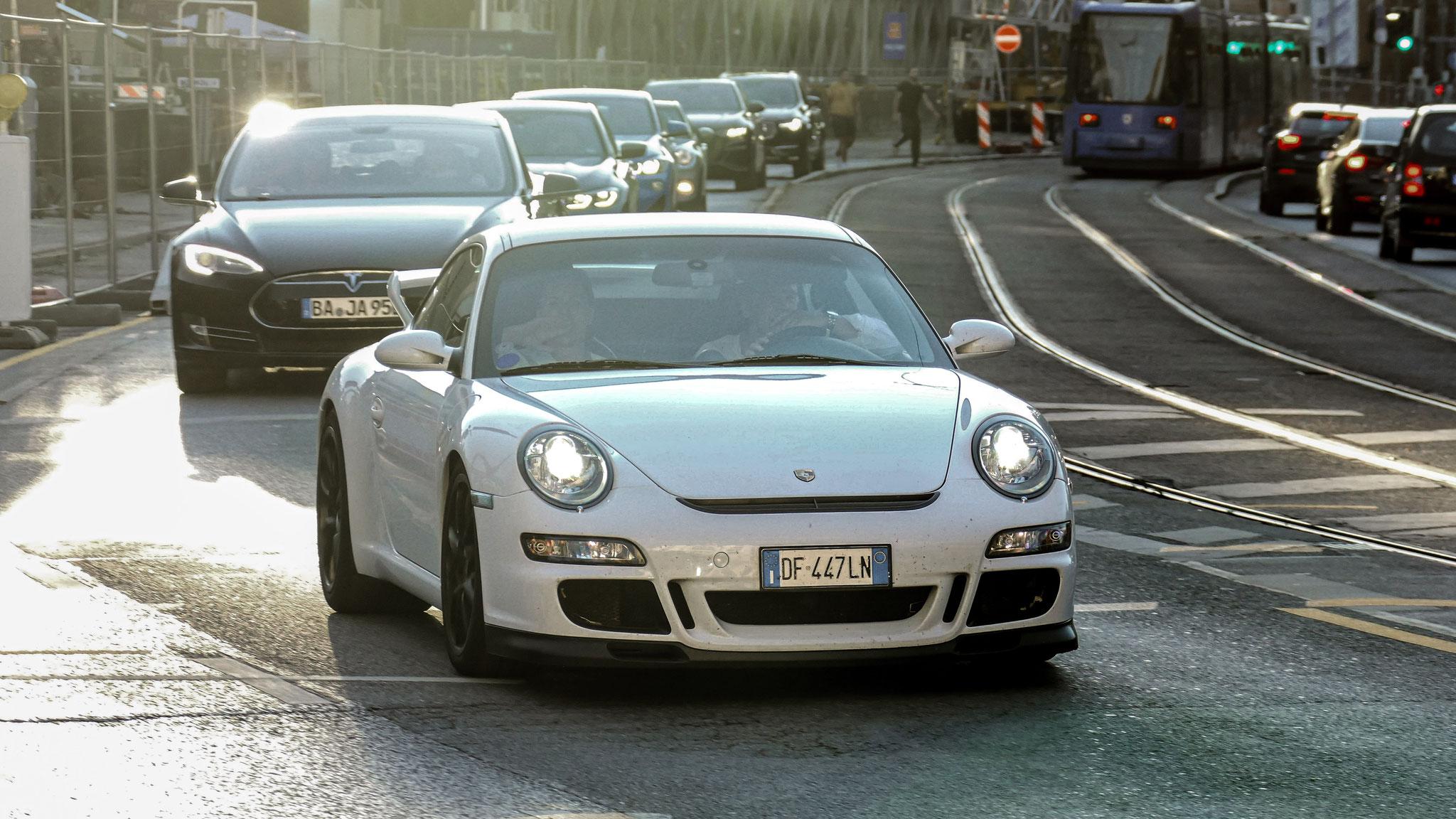 Porsche GT3 997 - DF-447-LN (ITA)