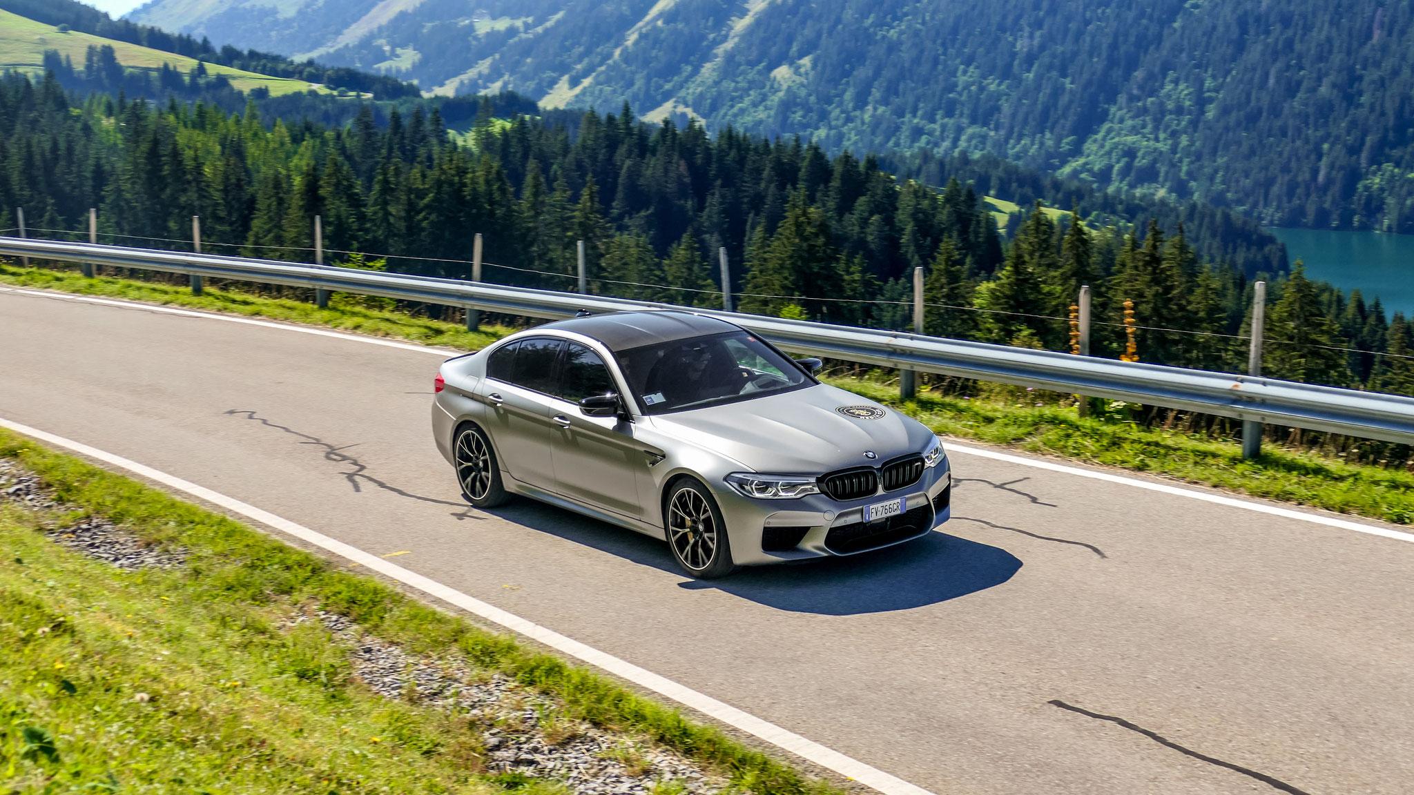 BMW M5 - FV-766-CR (ITA)