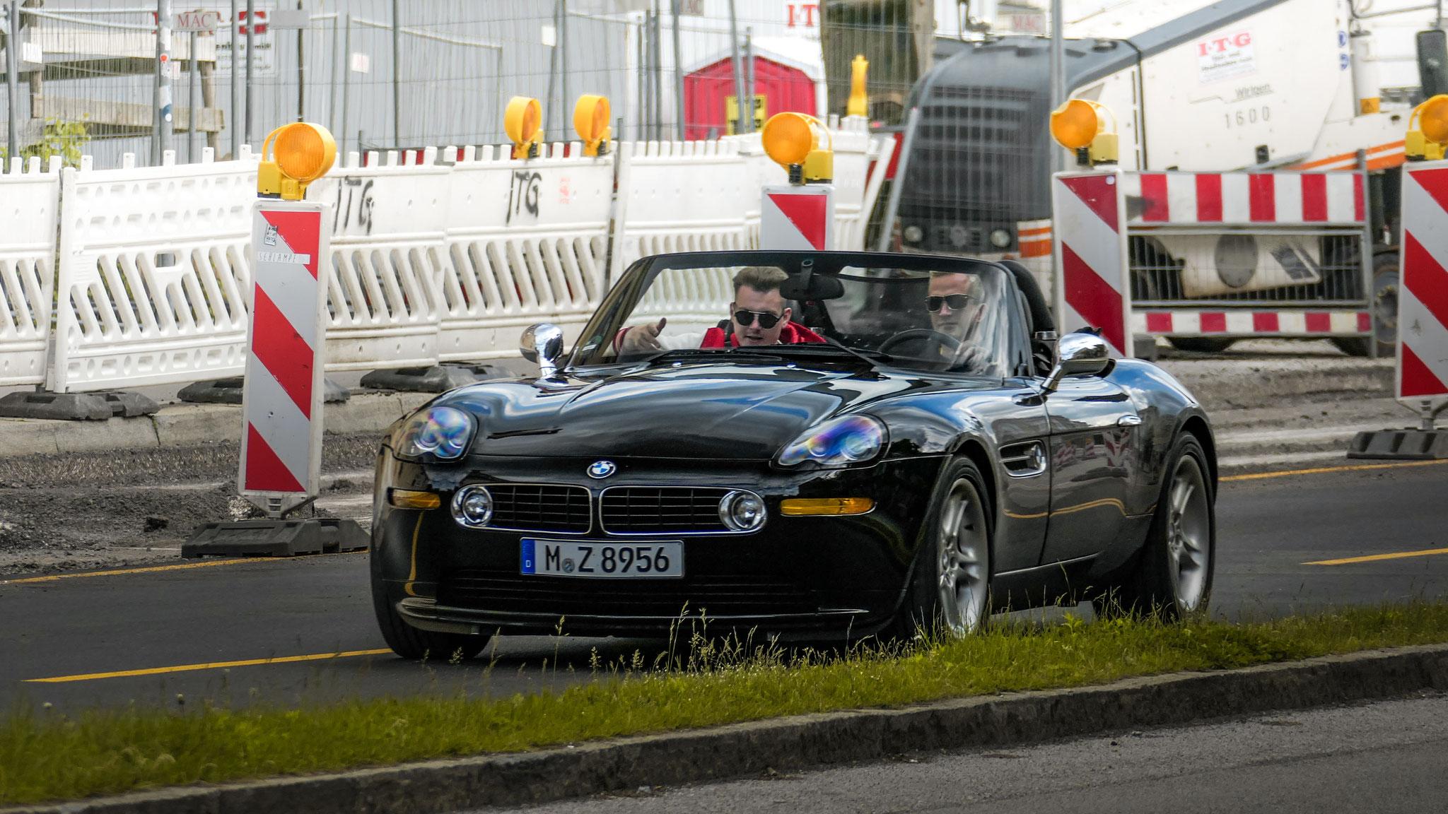 BMW Z8 - M-Z-8956