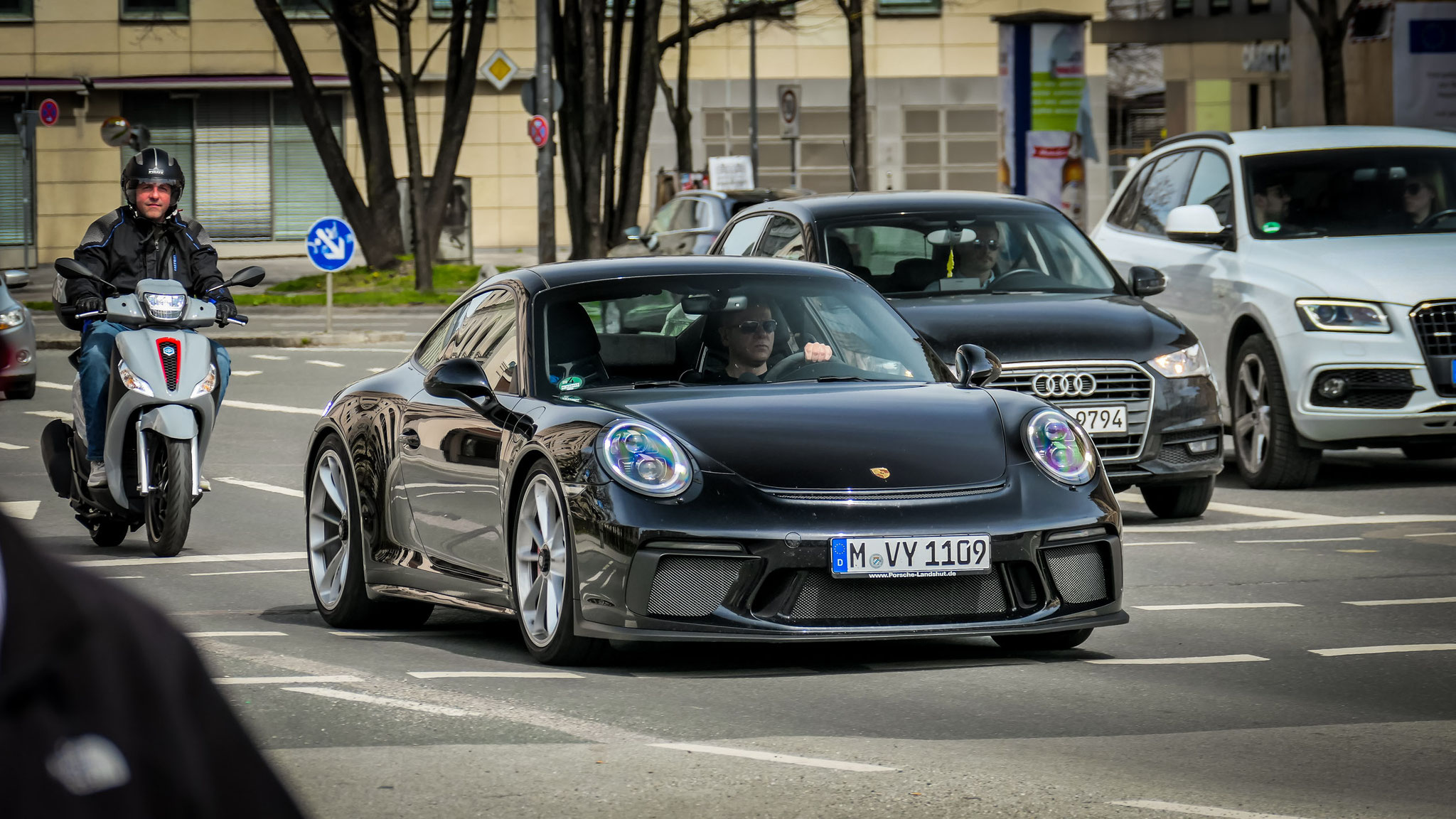 Porsche 991 GT3 Touring Package - M-VY-1109