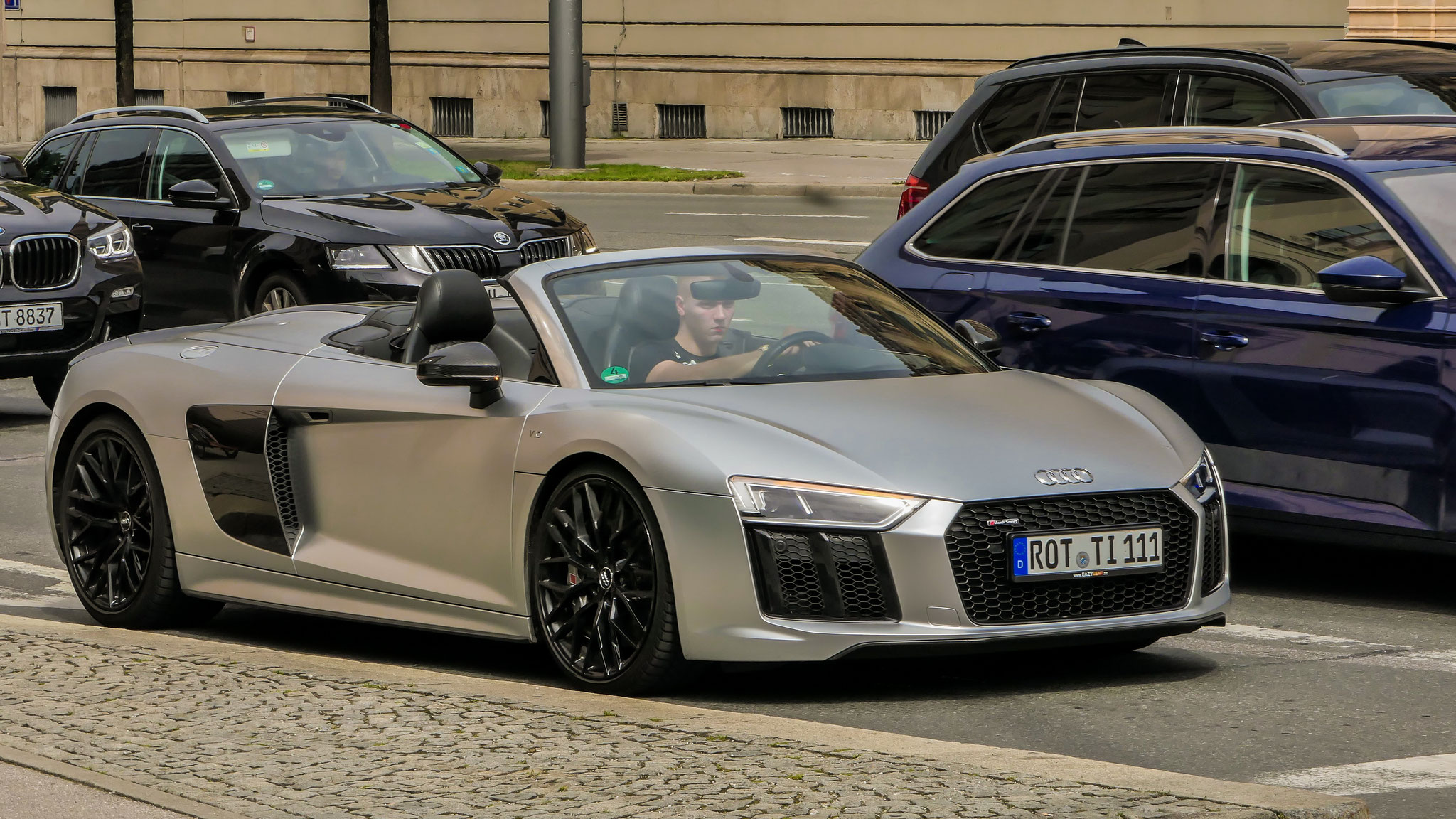 Audi R8 V10 Spyder - ROT-TI-111