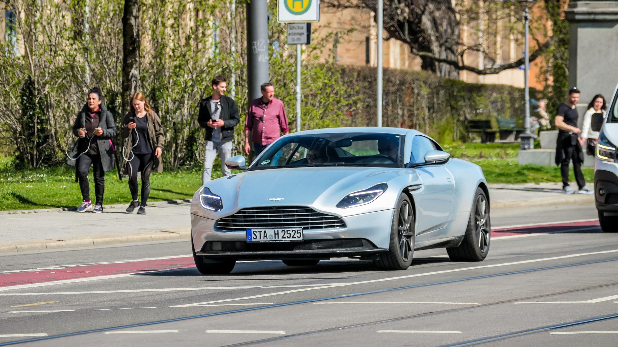 Aston Martin DB11 - STA-H-2525