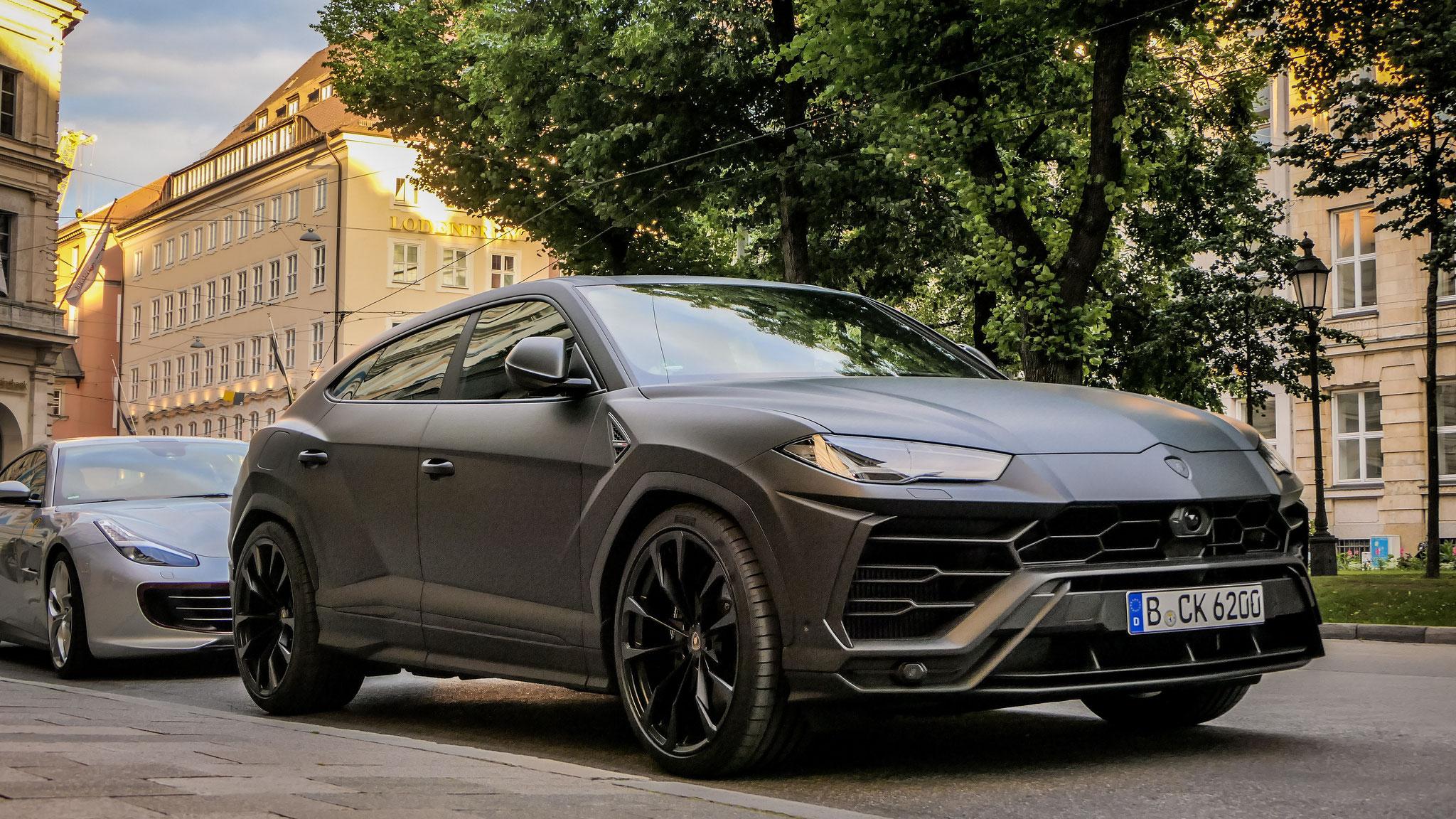 Lamborghini Urus - B-CK-6200