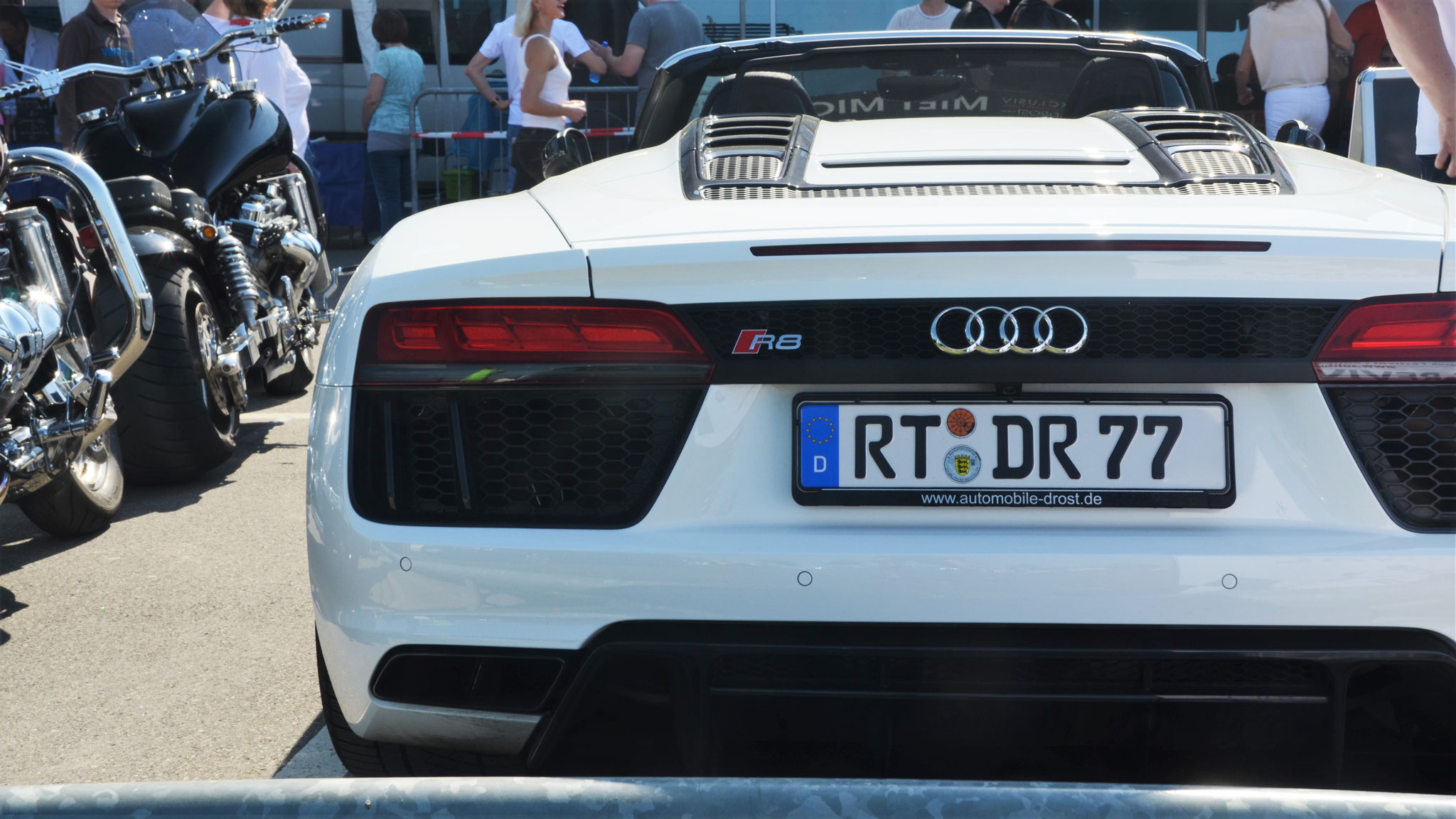 Audi R8 V10 Spyder - RT-DR-77