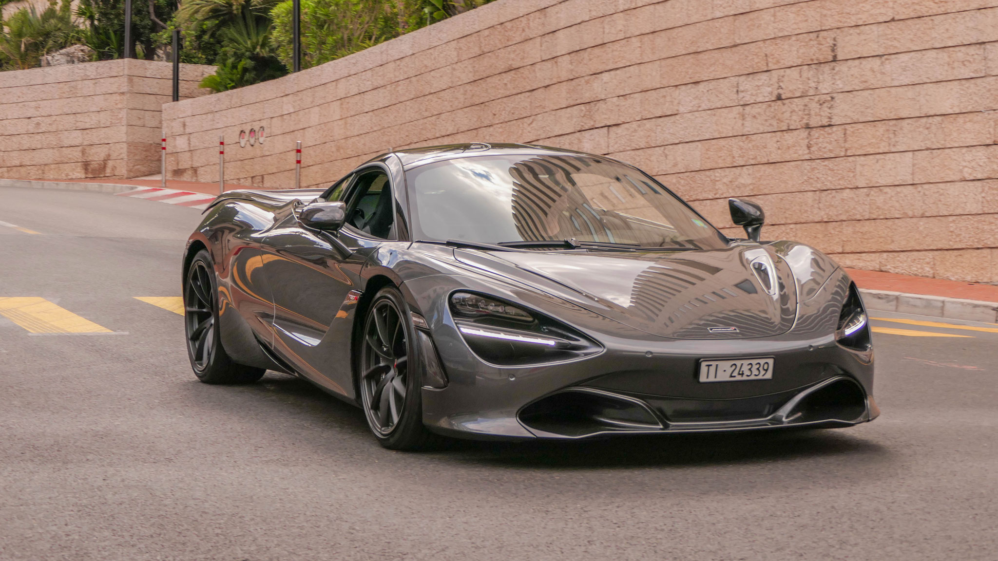 McLaren 720S - TI-24339 (CH)