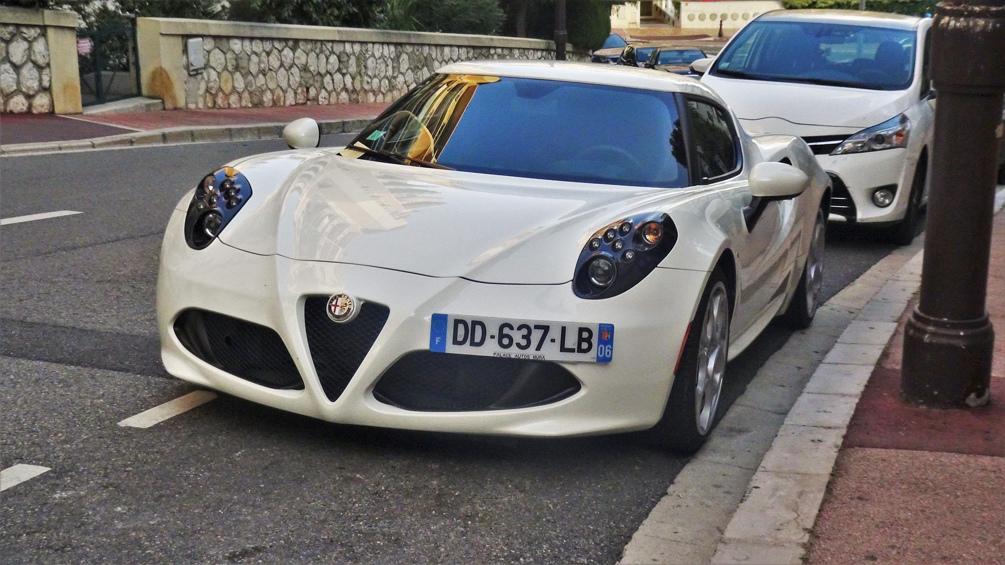 Alfa Romeo 4C - DD-637-LB-06 (FRA)