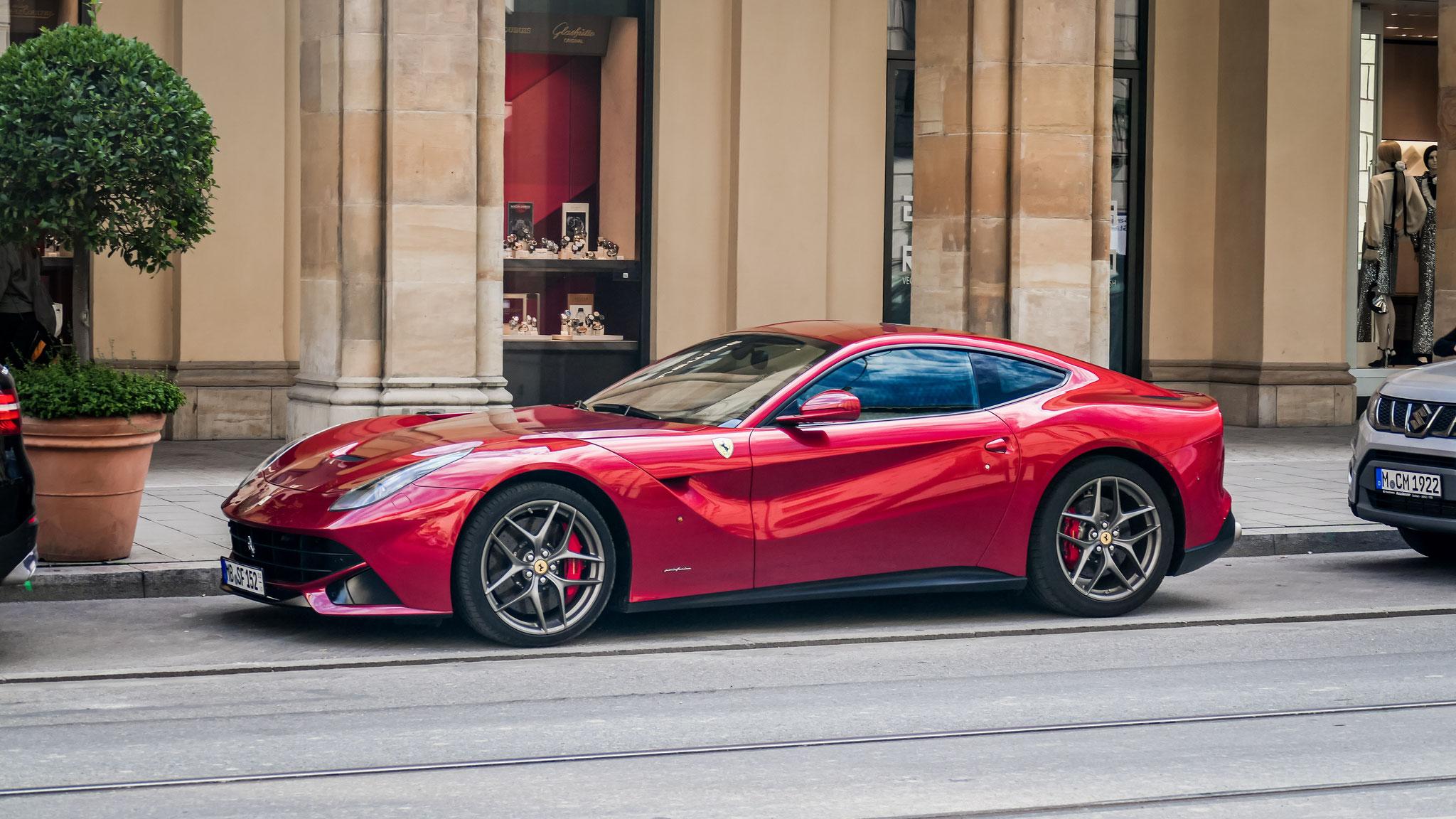 Ferrari F12 Berlinetta - MB-SF-152
