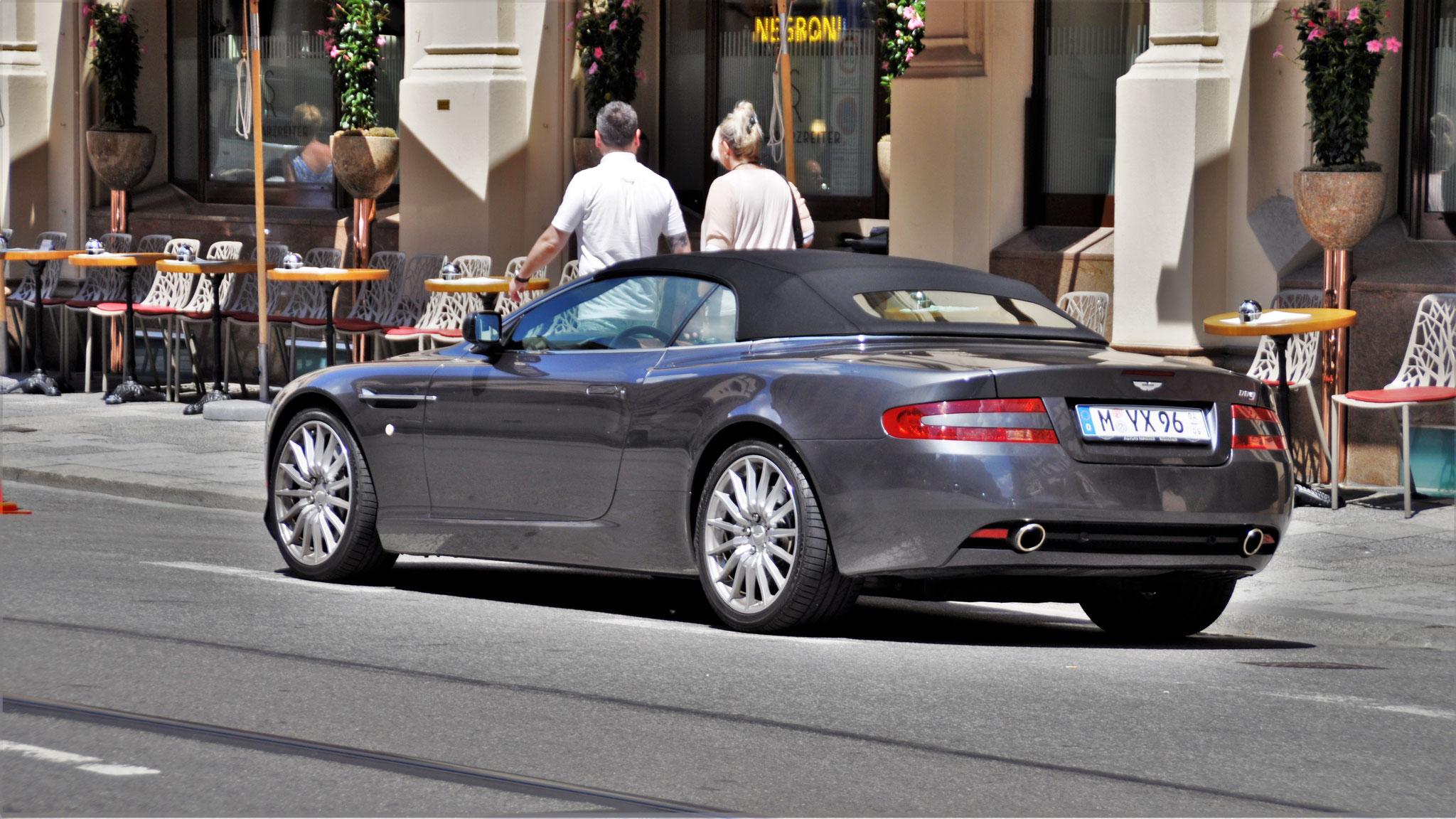 Aston Martin DB9 Volante - M-YX-96