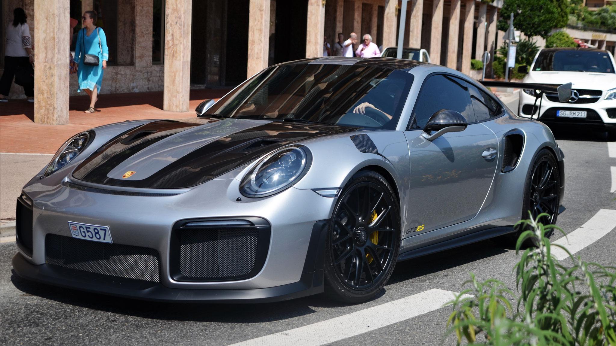 Porsche 911 GT2 RS - G587 (MC)