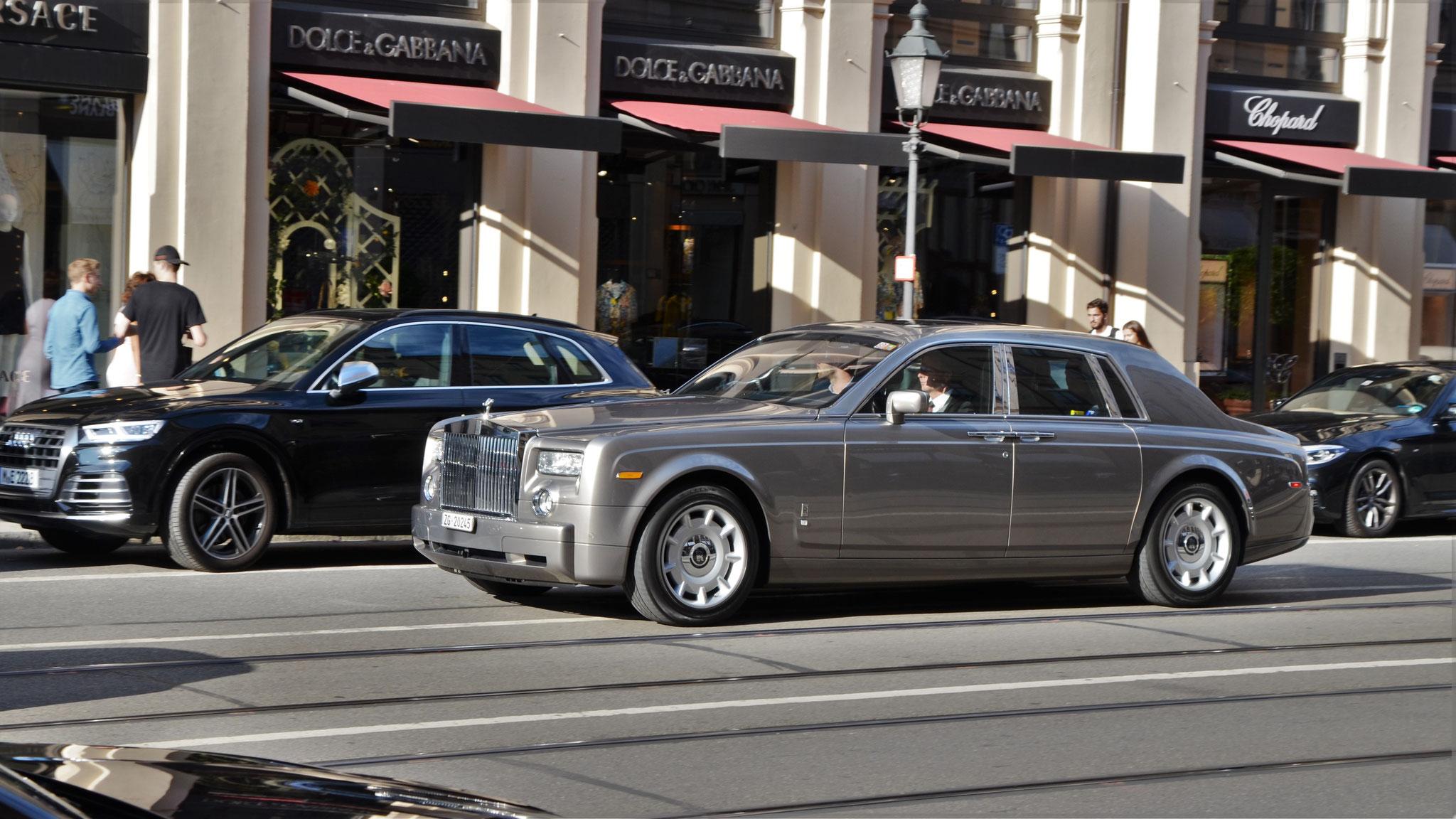 Rolls Royce Phantom - ZG-20245 (CH)