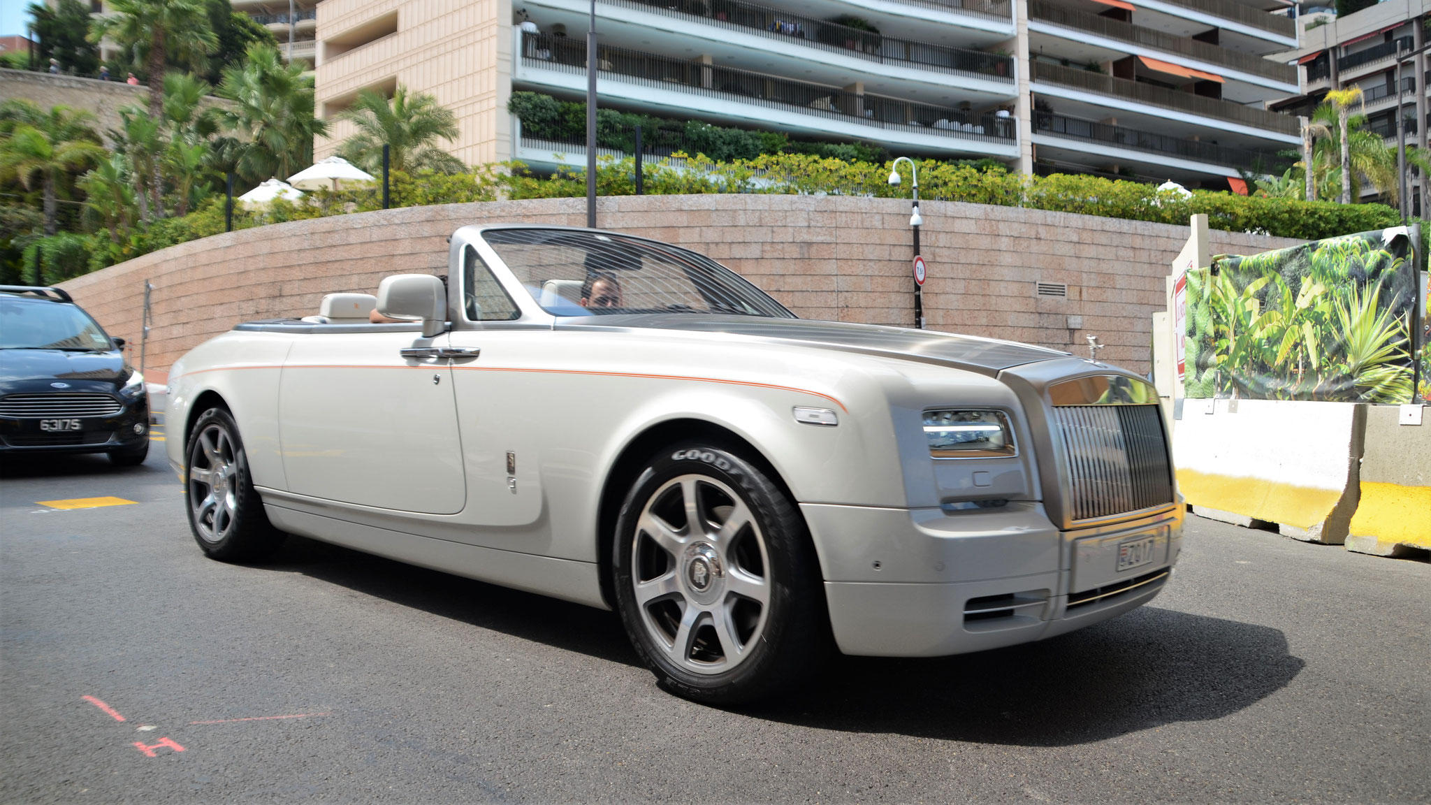 Rolls Royce Drophead - Z017 (MC)