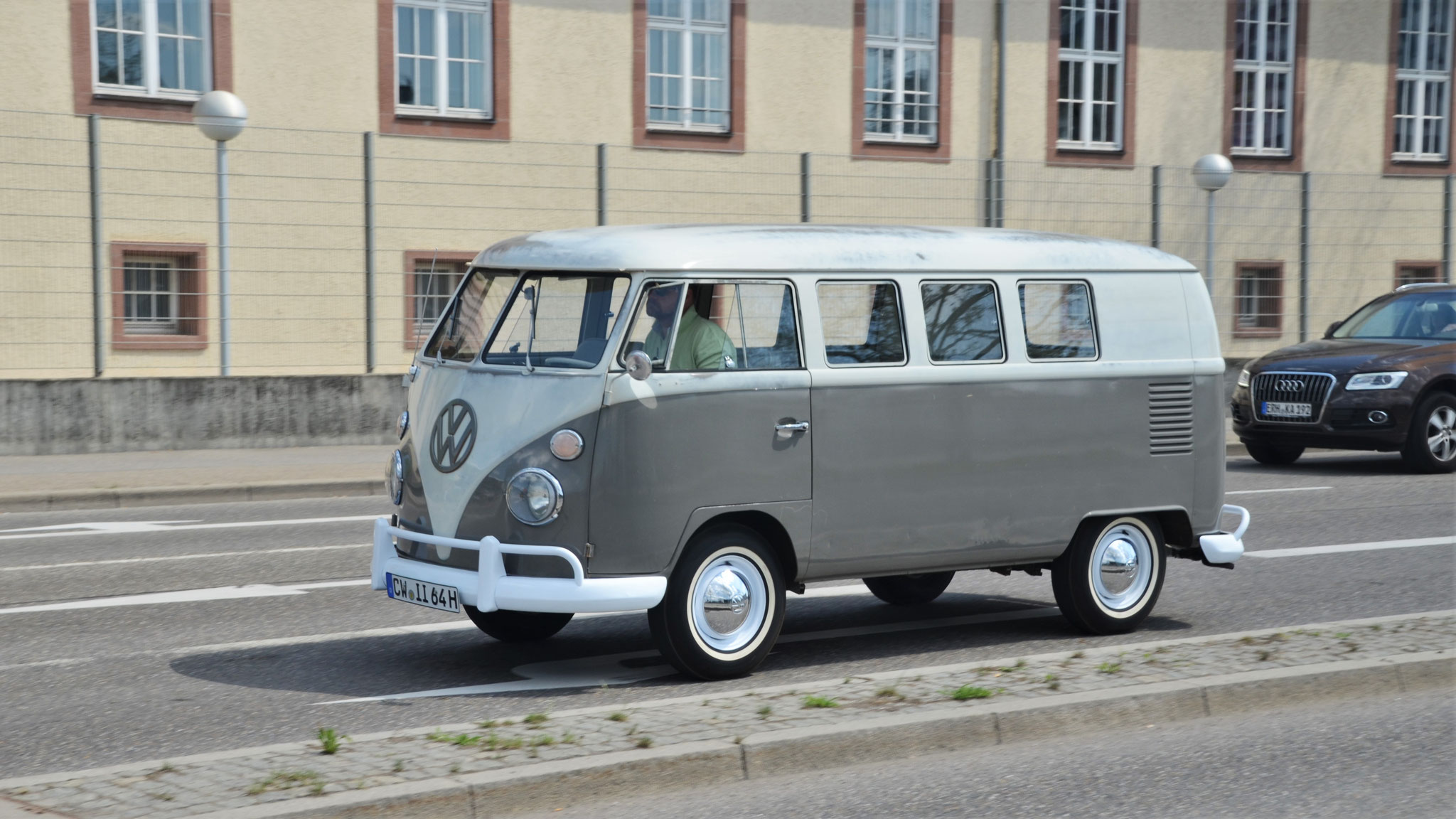 VW T1 - CW-II-64H