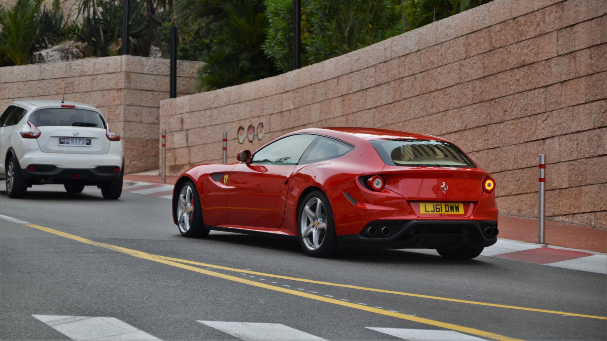 Ferrari FF - LJ61-DWW (GB)