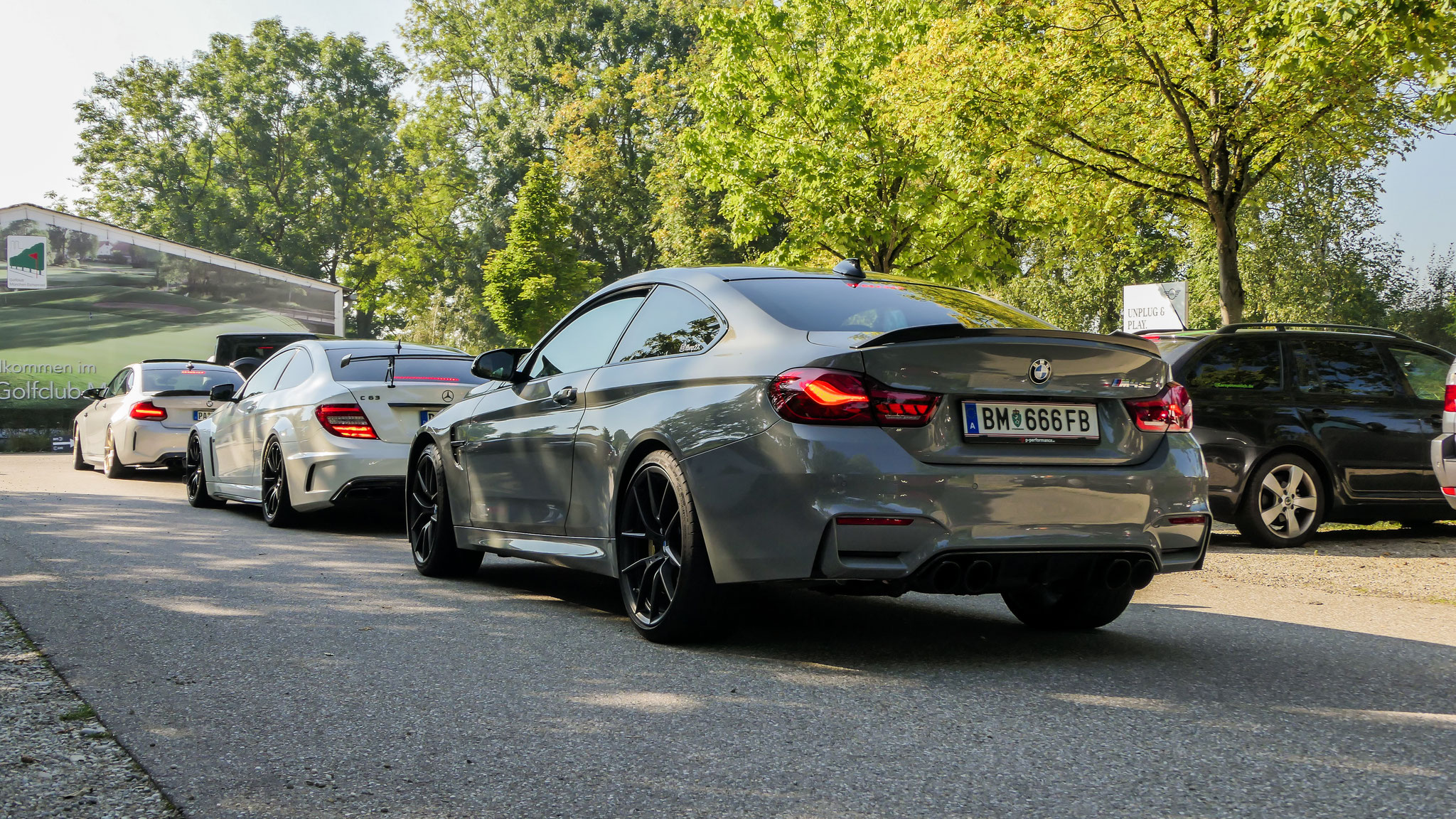 BMW M4 CS - BM-666-FB (AUT)