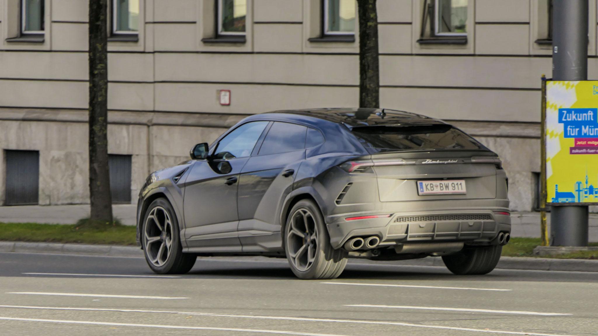 Lamborghini Urus - KB-BW-911 (AUT)