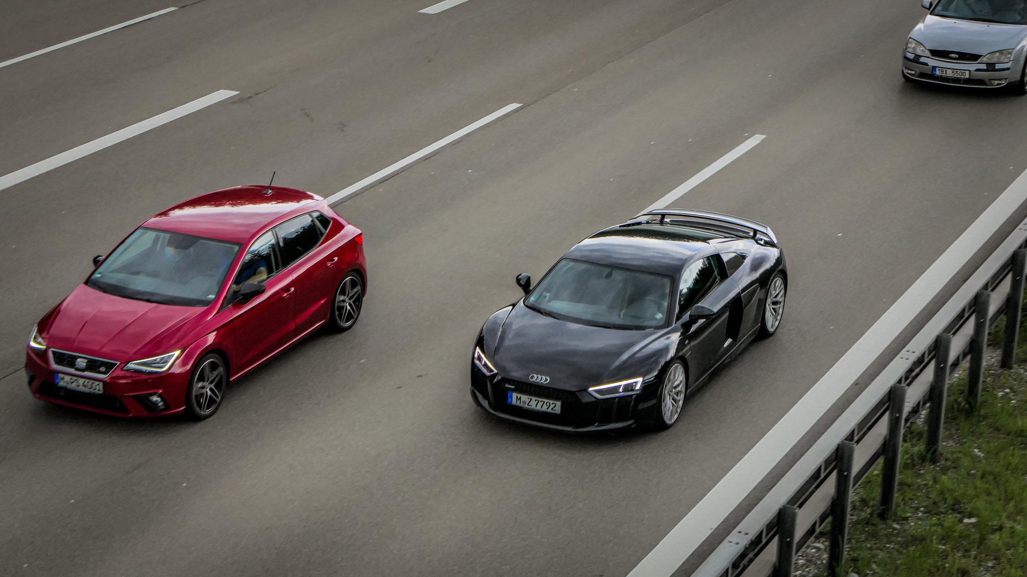 Audi R8 V10 - M-Z-7792