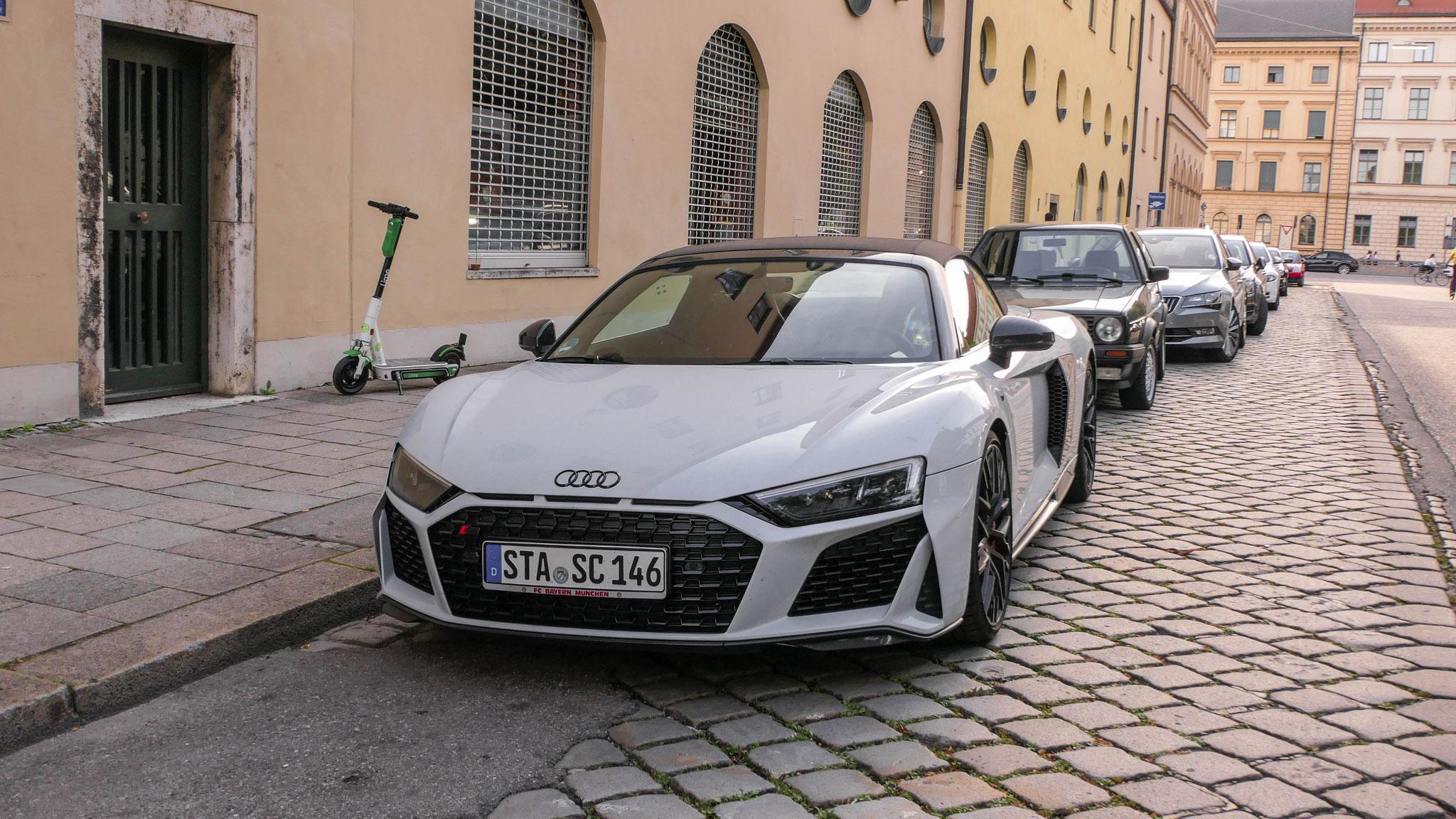 Audi R8 V10 Spyder - STA-SC-146