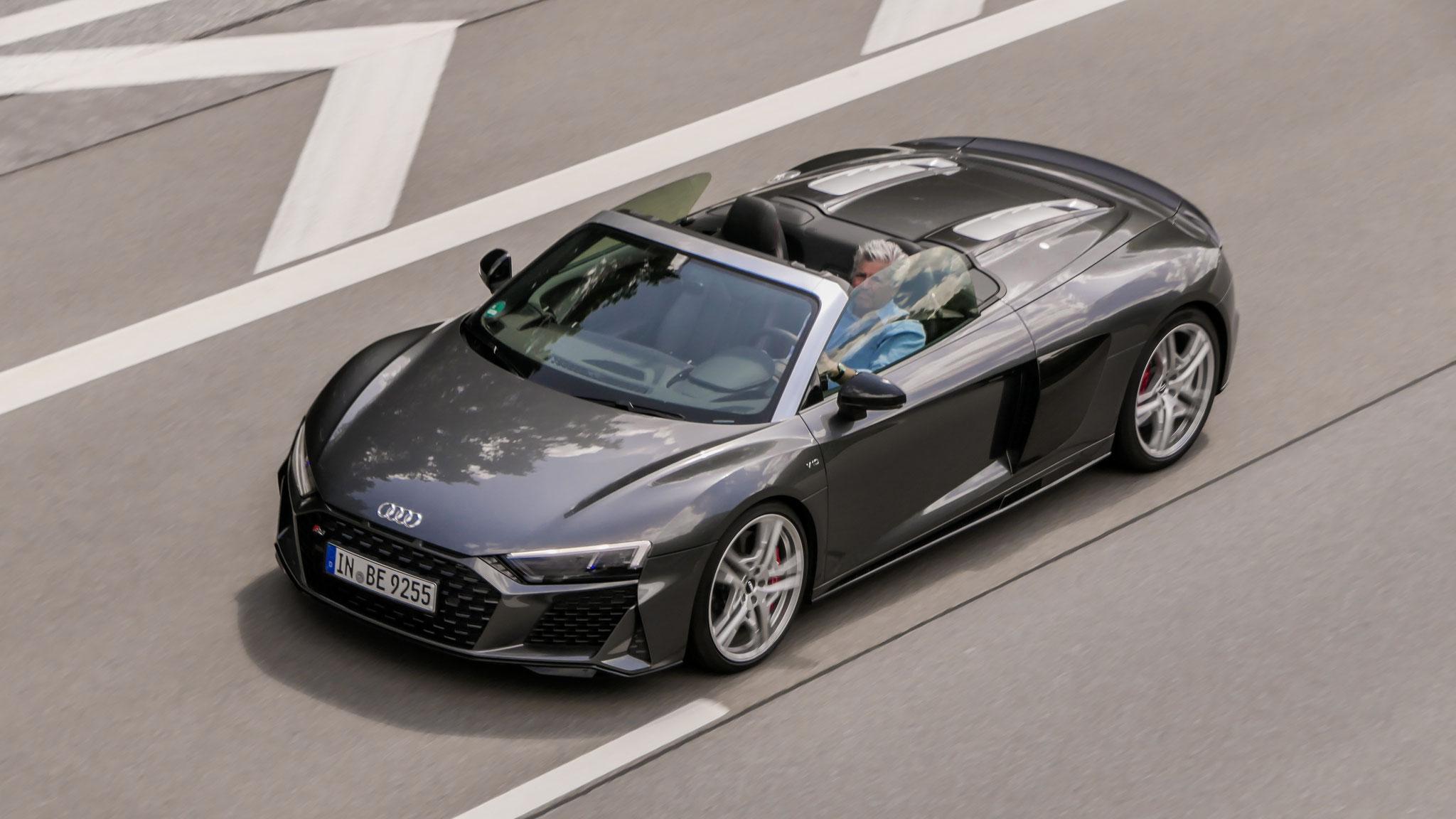Audi R8 V10 Spyder - IN-BE-9255