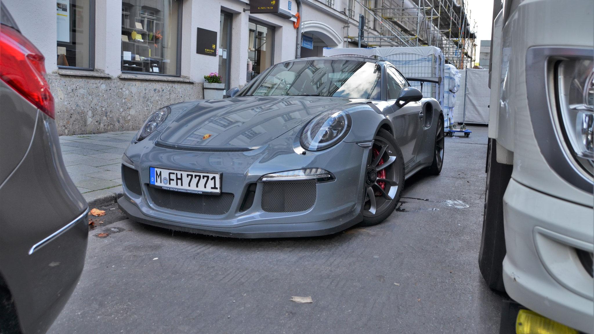 Porsche 911 GT3 RS - M-FH-7771
