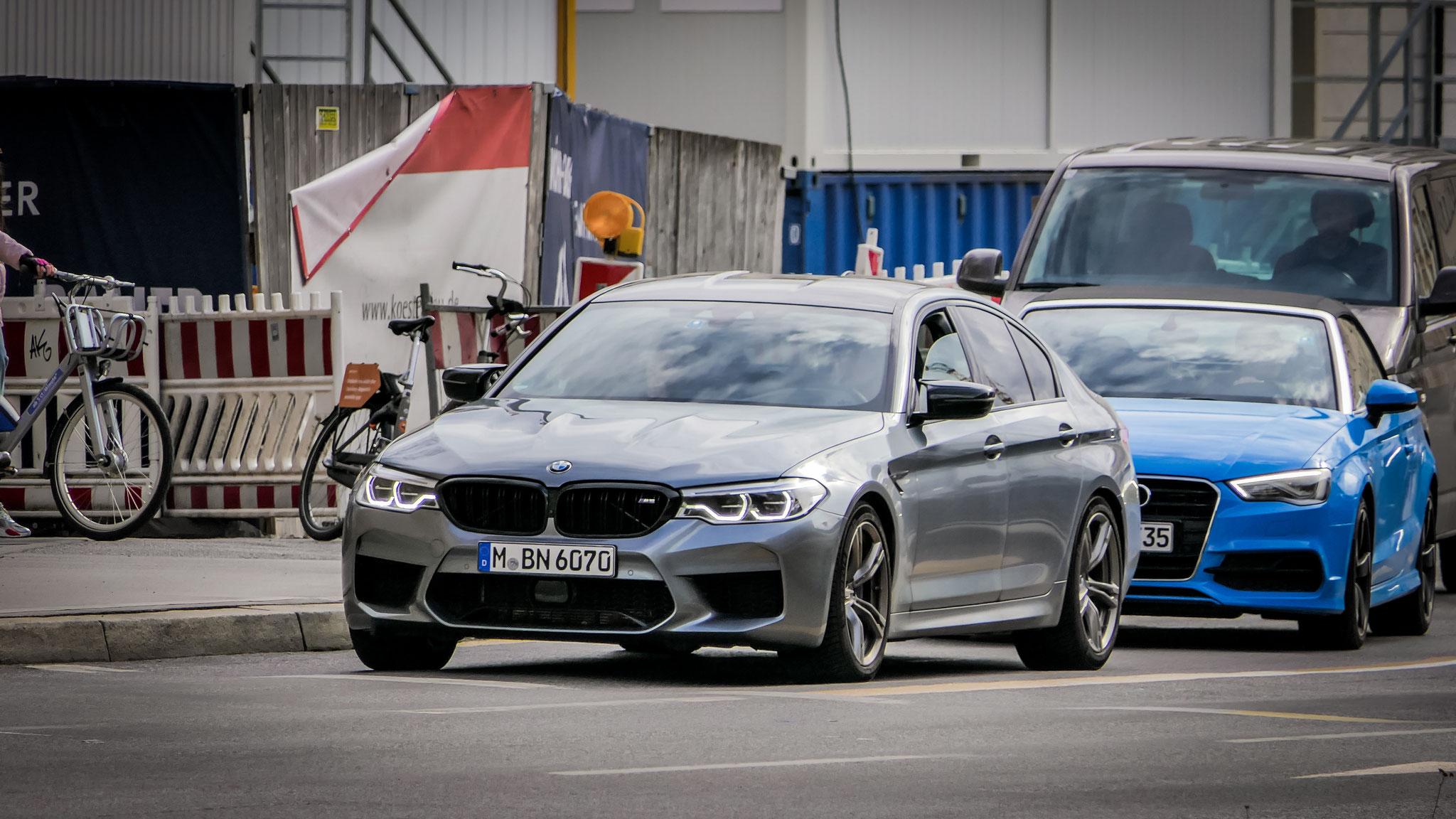 BMW M5 - M-BN-6070