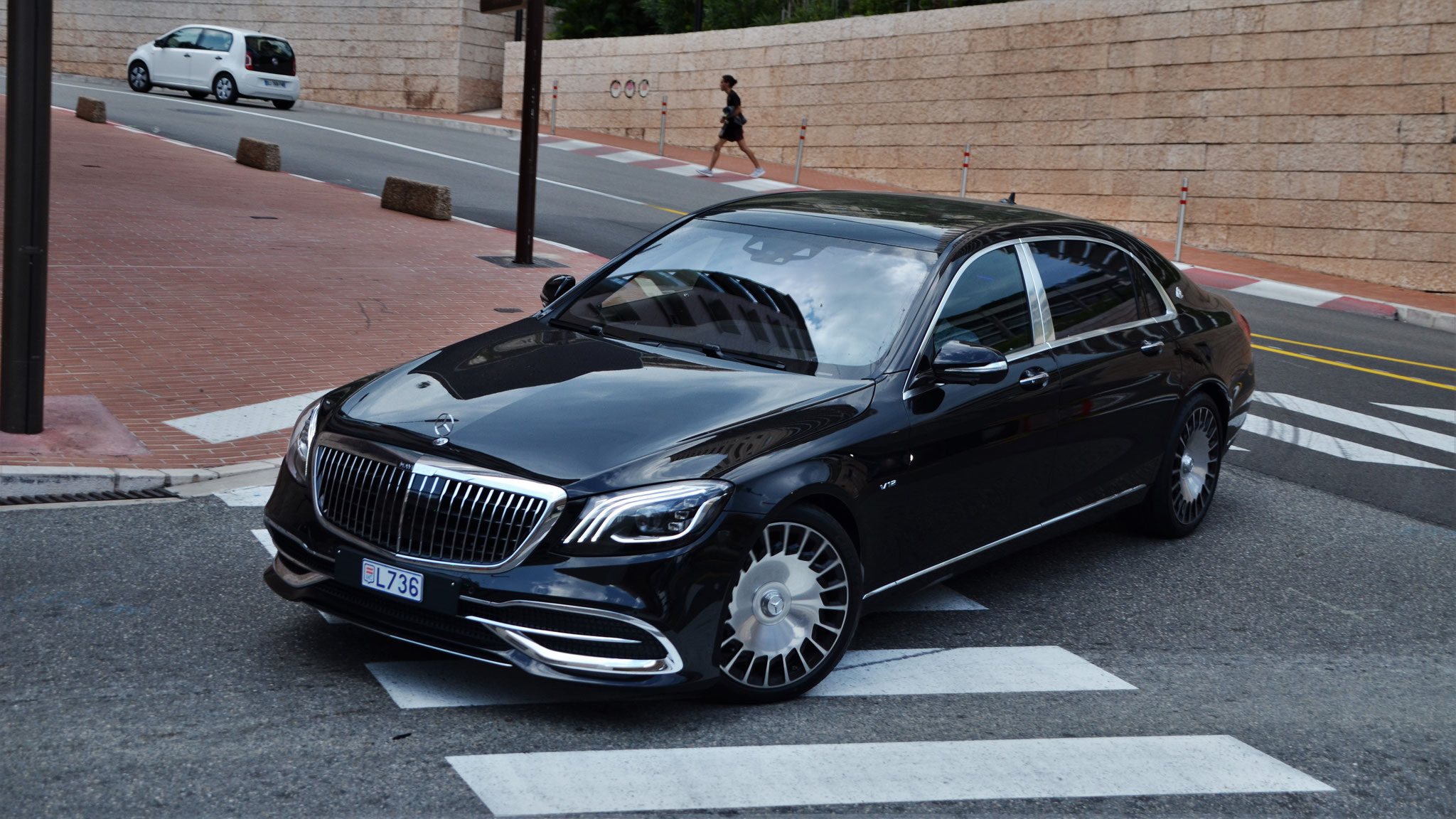 Mercedes Maybach S600 - L736 (MC)