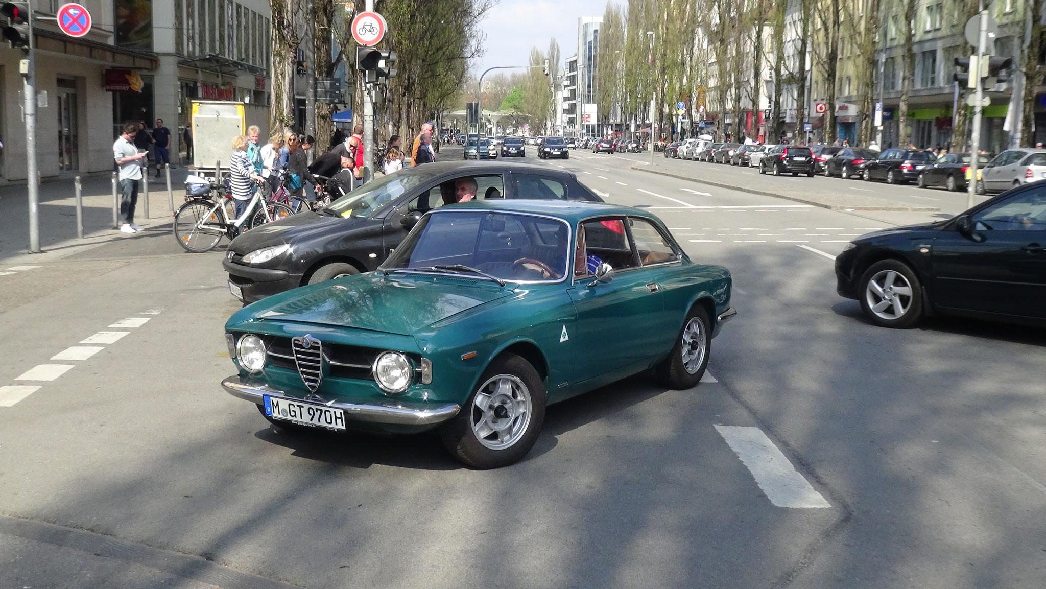 Alfa Romeo Giulia Sprint GT - M-GT-970H