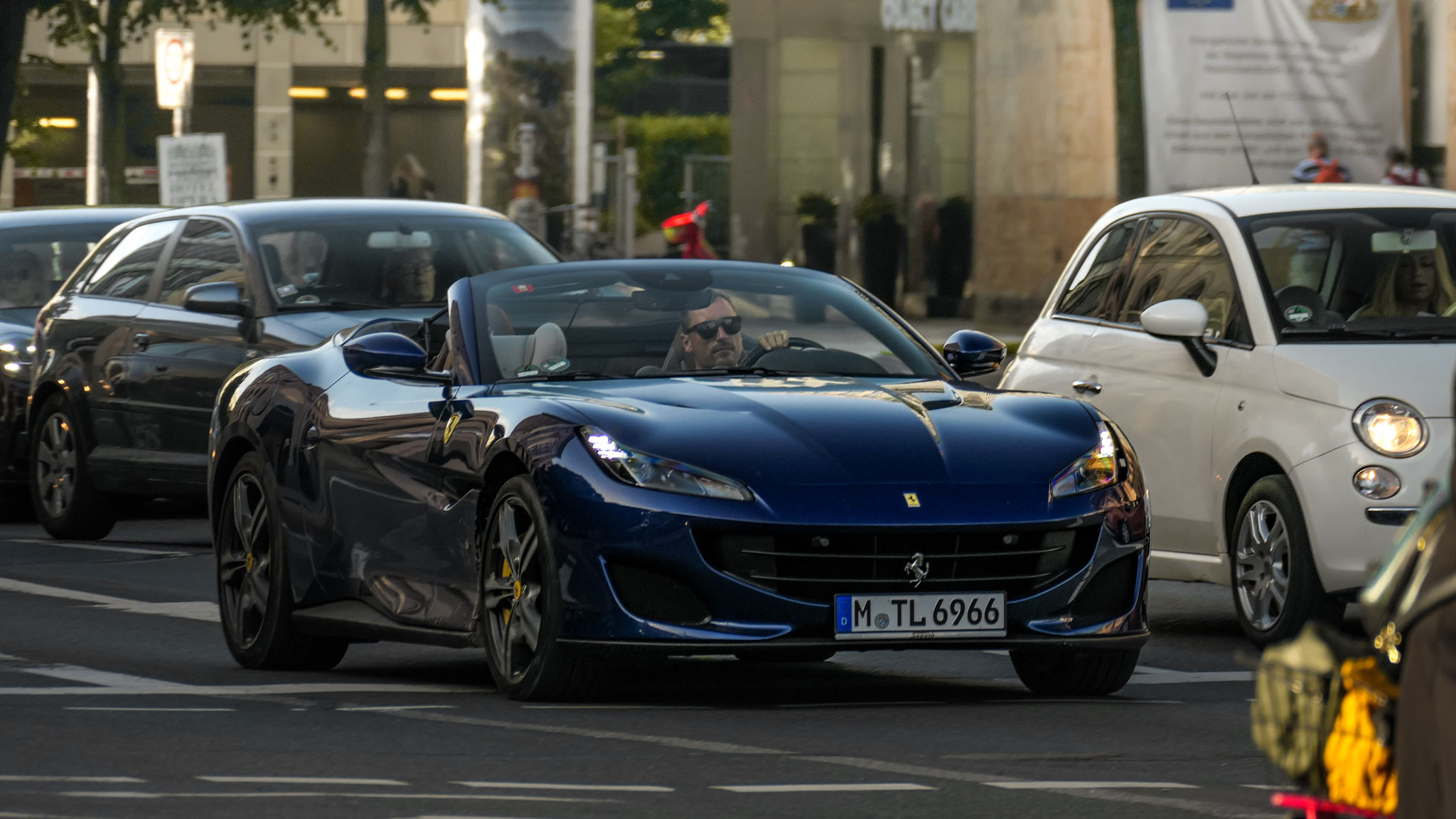 Ferrari Portofino - M-TL-6966