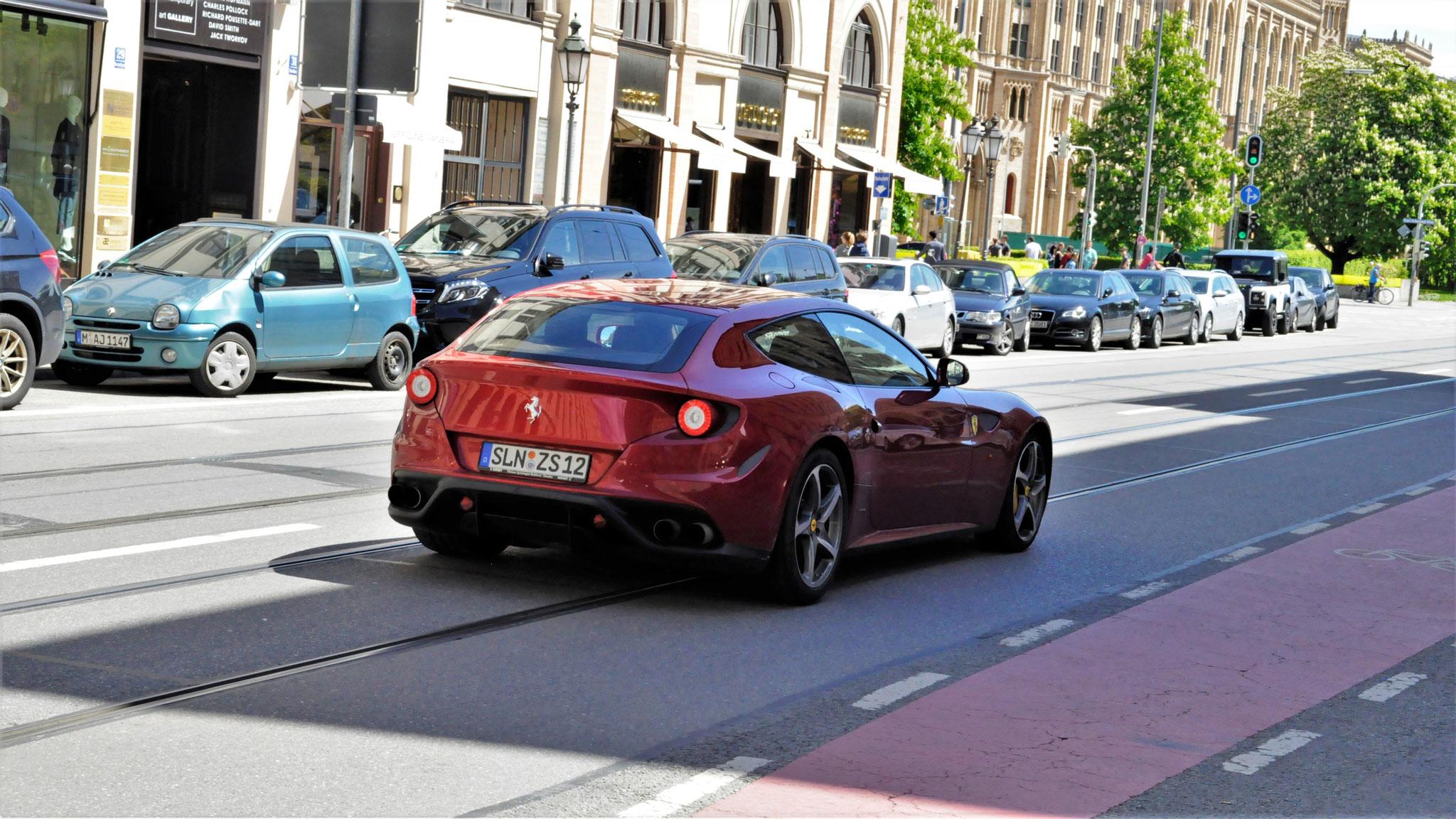 Ferrari FF - SLN-ZS-12