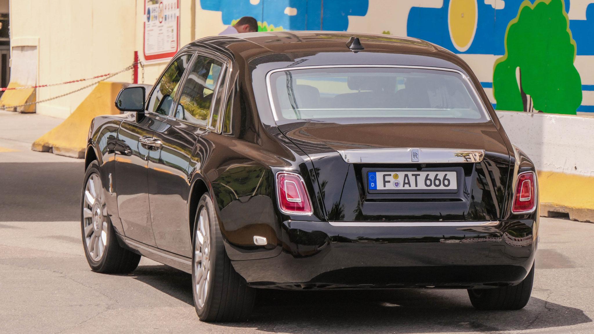 Rolls Royce Phantom - F-AT-666