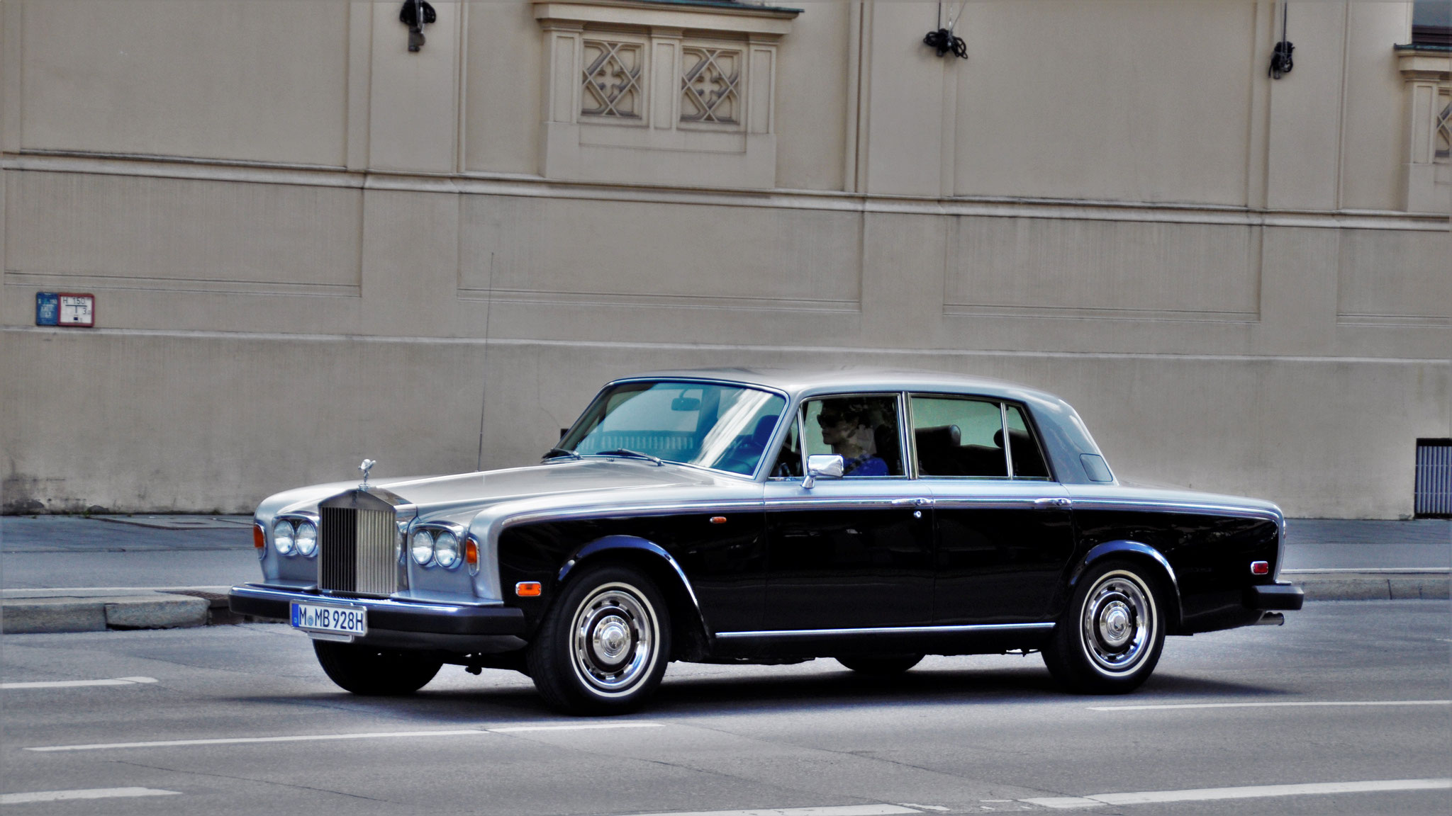 Rolls Royce Silver Shadow - M-MB-928H