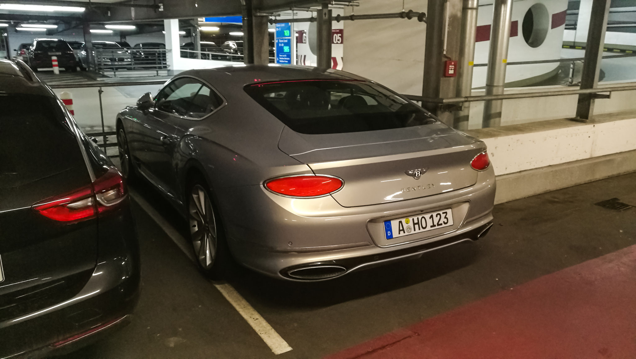 Bentley Continental GT - A-HO-123
