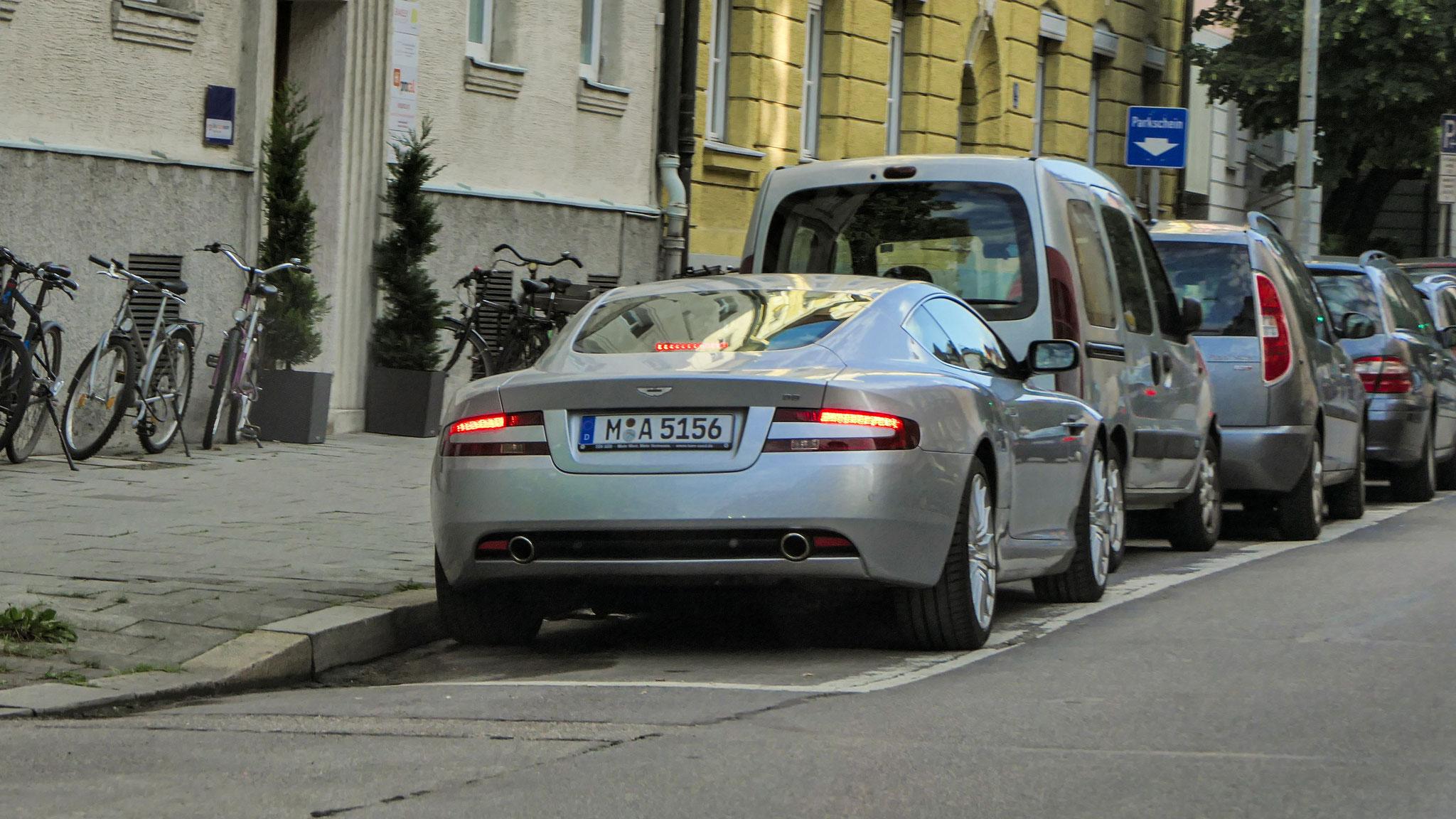 Aston Martin DB9 Coupé - M-A-5156