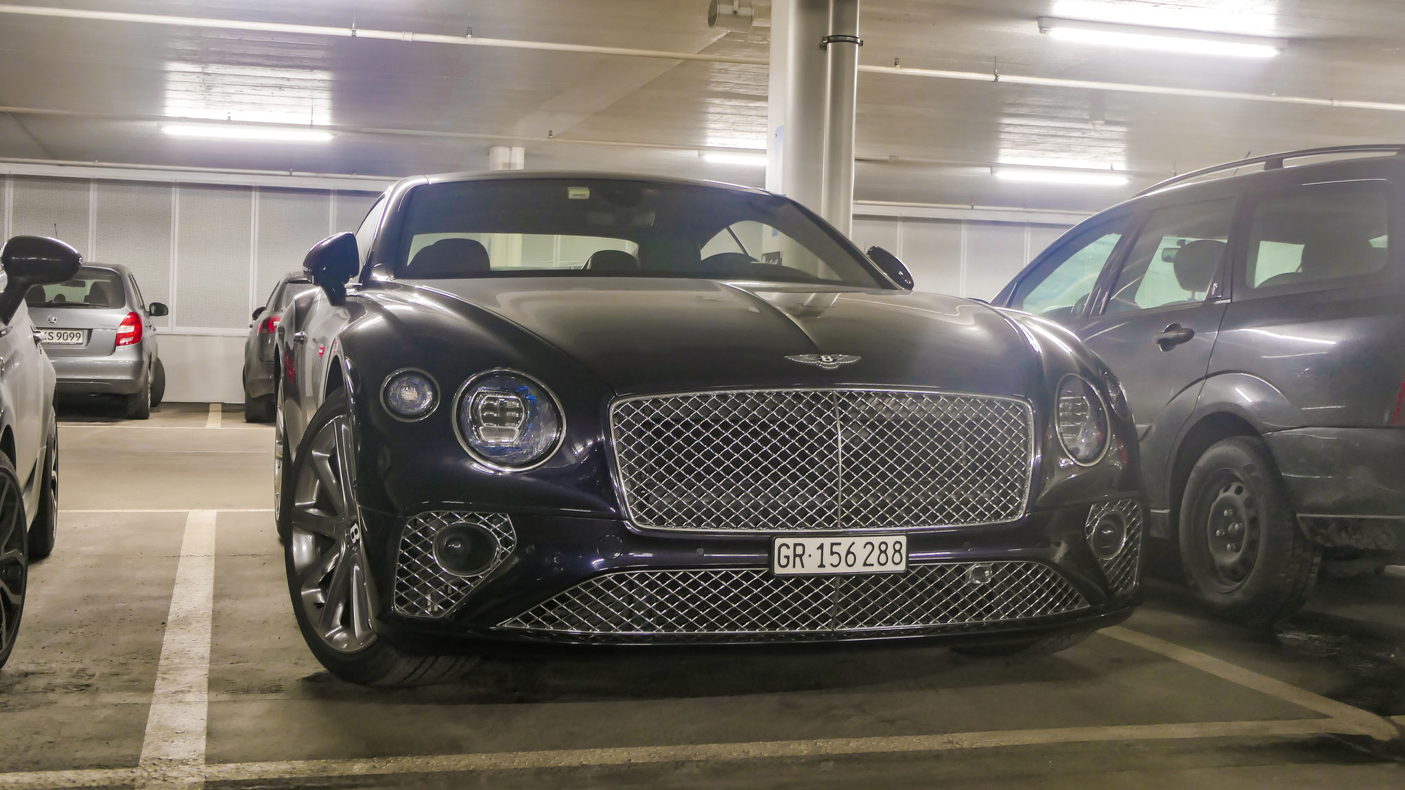 Bentley Continental GT - GR-156288 (CH)
