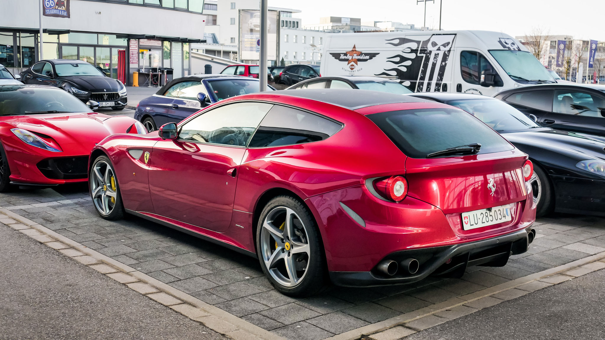 Ferrari FF - LU-285034 (CH)
