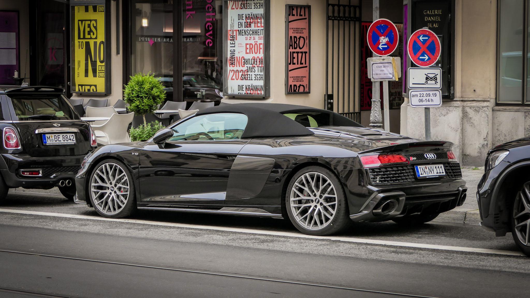 Audi R8 V10 Spyder - IN-NY-111